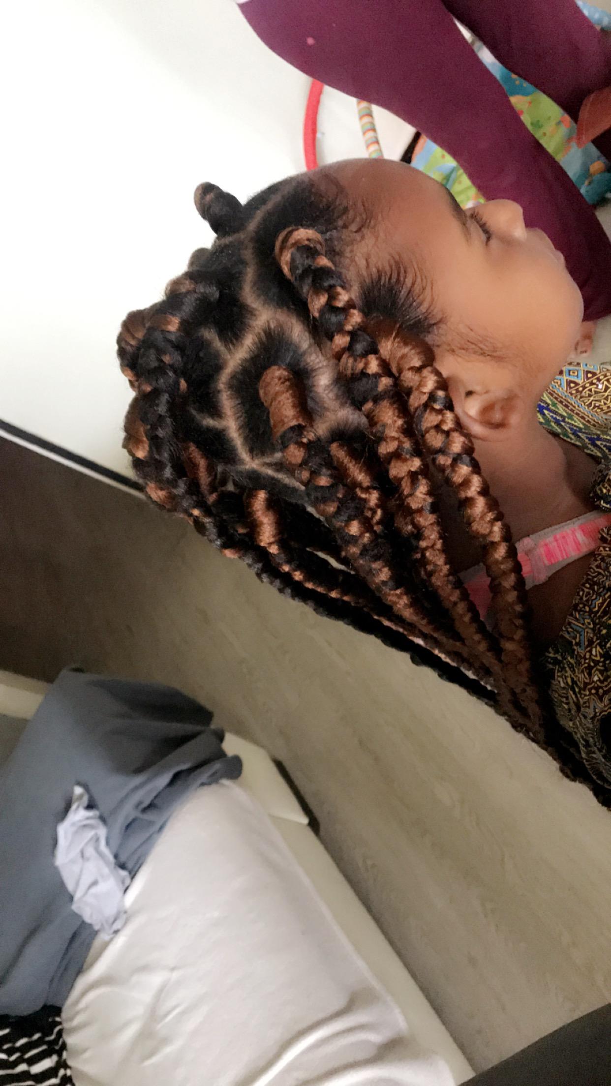 salon de coiffure afro tresse tresses box braids crochet braids vanilles tissages paris 75 77 78 91 92 93 94 95 ESIKMEPJ