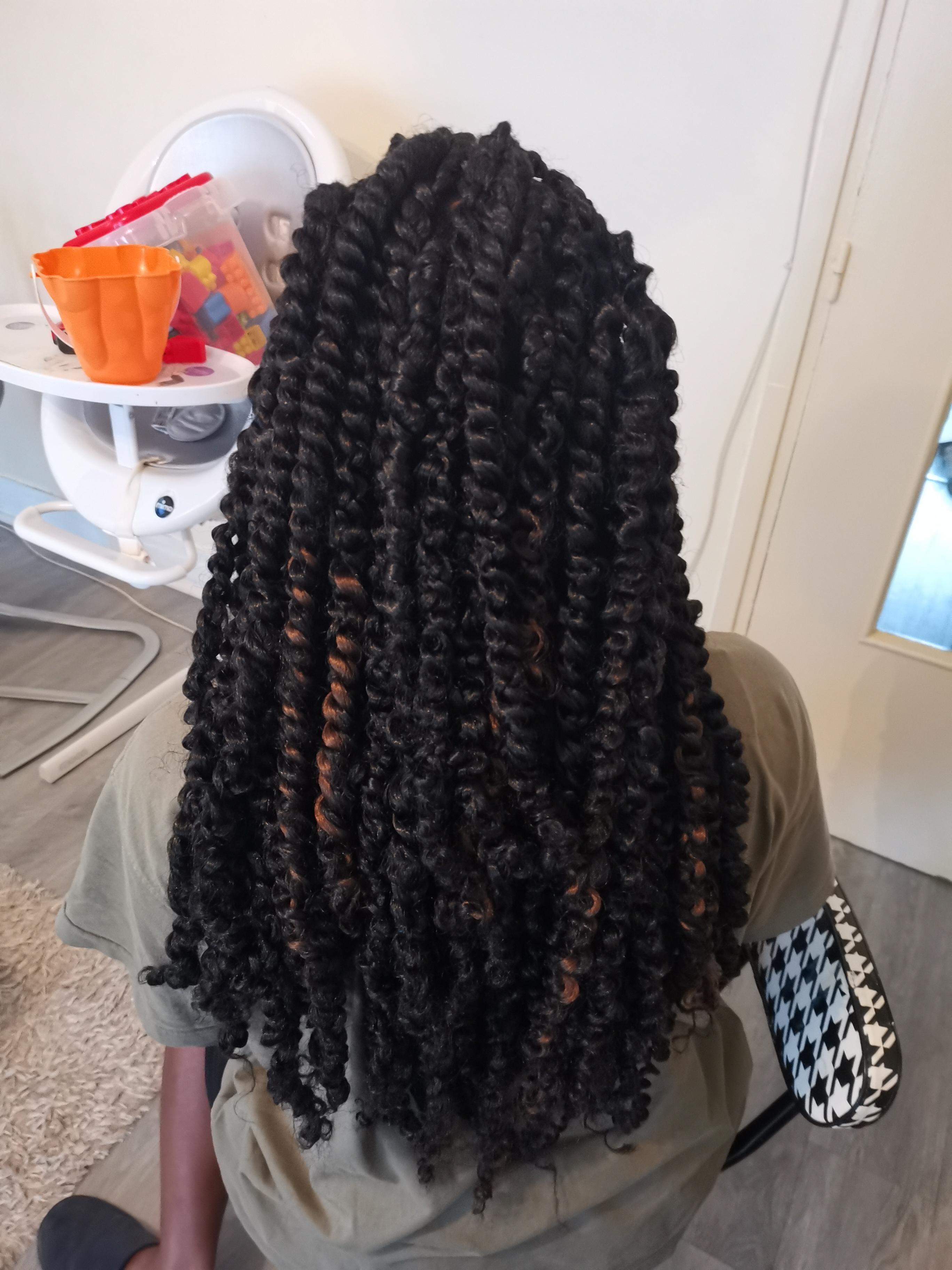 salon de coiffure afro tresse tresses box braids crochet braids vanilles tissages paris 75 77 78 91 92 93 94 95 RNXIQFFK