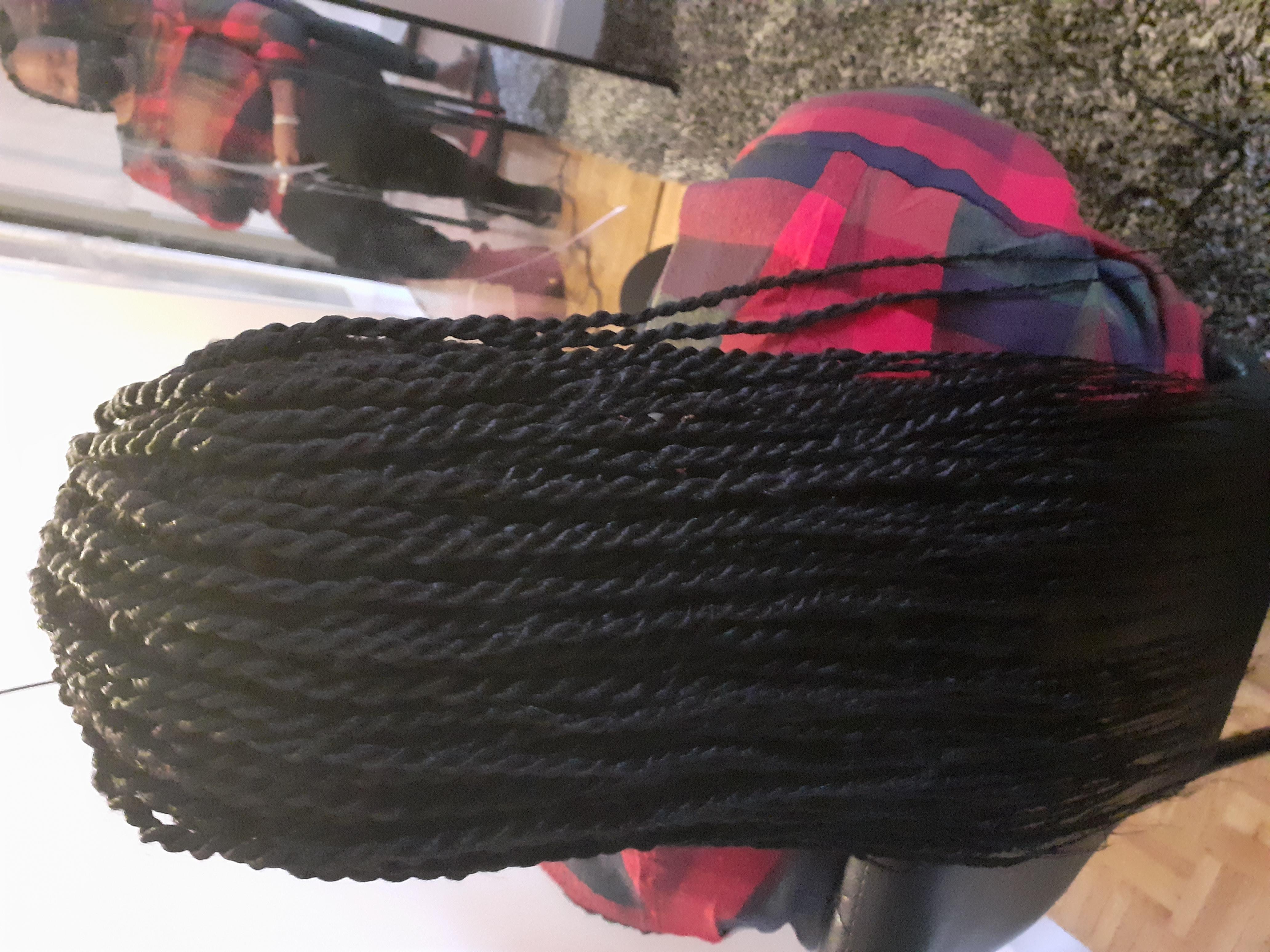 salon de coiffure afro tresse tresses box braids crochet braids vanilles tissages paris 75 77 78 91 92 93 94 95 OYHCBNNG