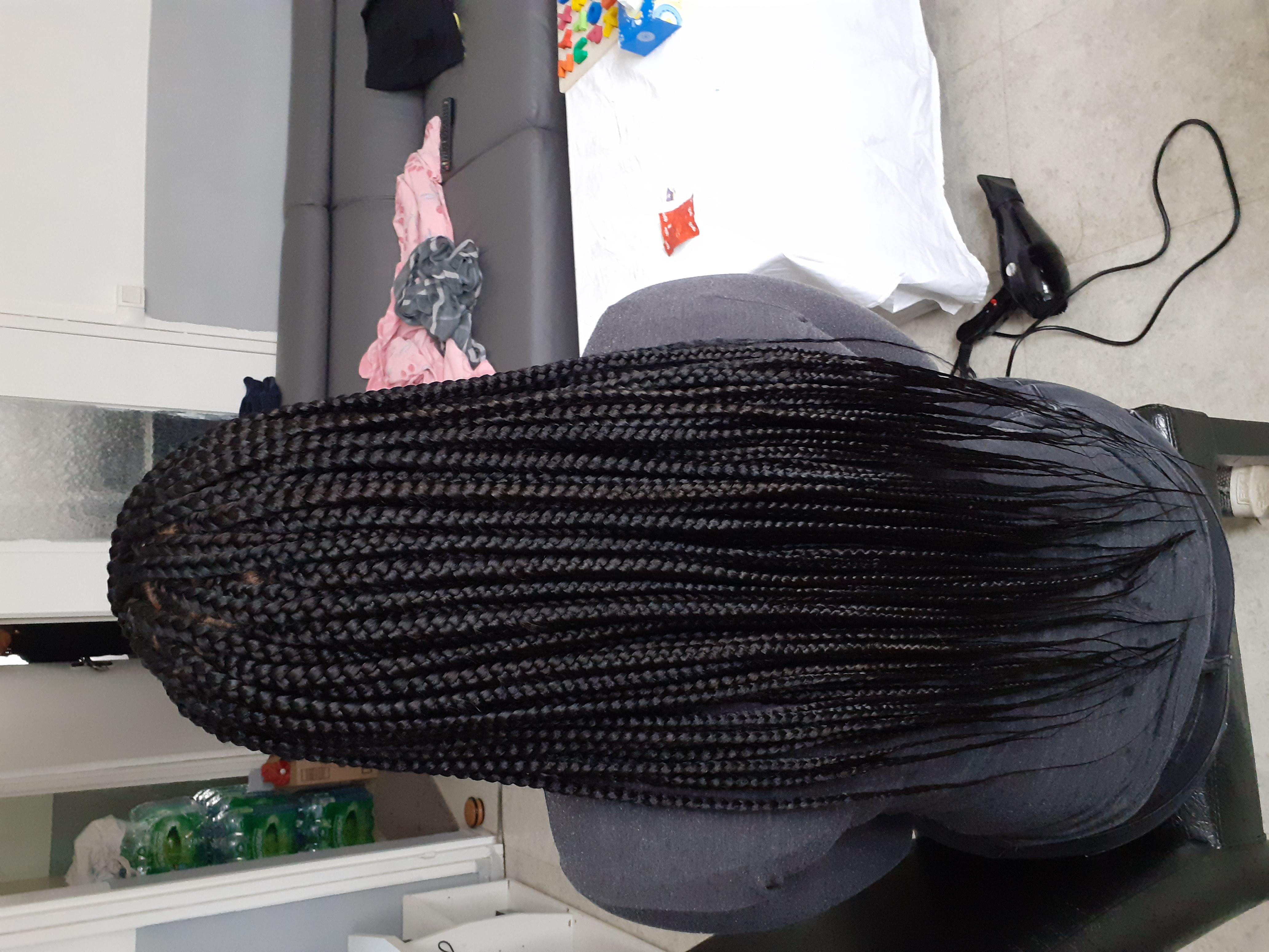 salon de coiffure afro tresse tresses box braids crochet braids vanilles tissages paris 75 77 78 91 92 93 94 95 VWANEBIY