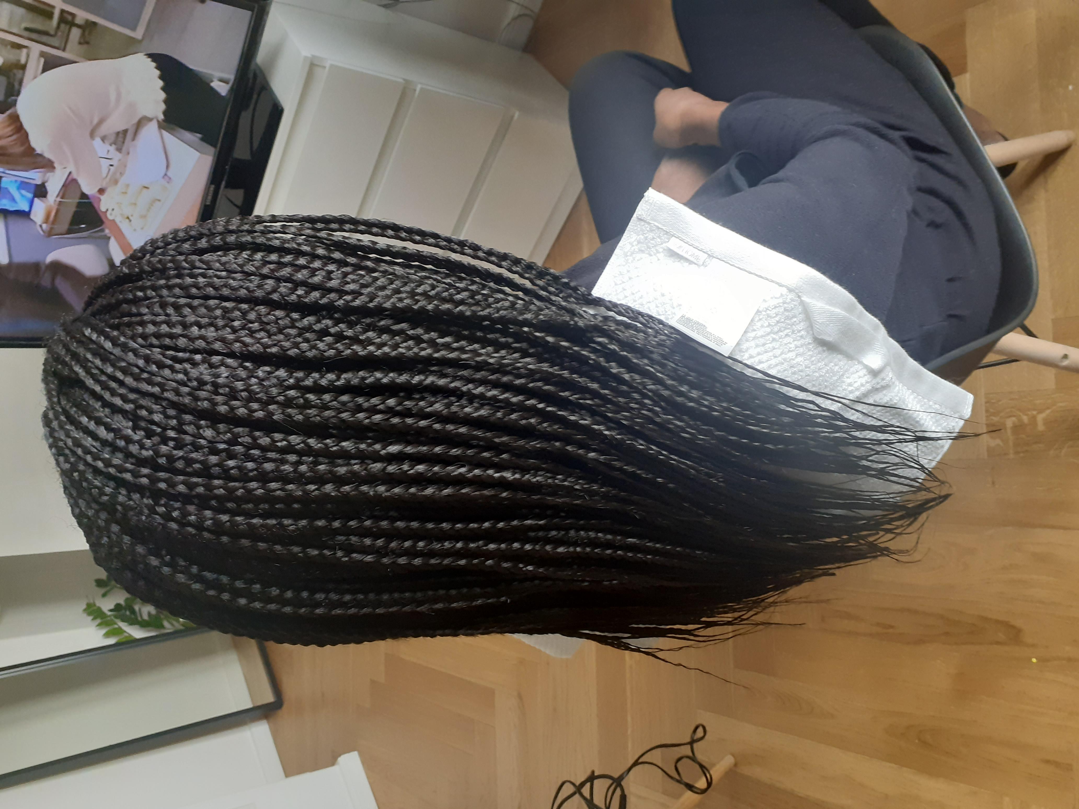 salon de coiffure afro tresse tresses box braids crochet braids vanilles tissages paris 75 77 78 91 92 93 94 95 UOGAHYEE