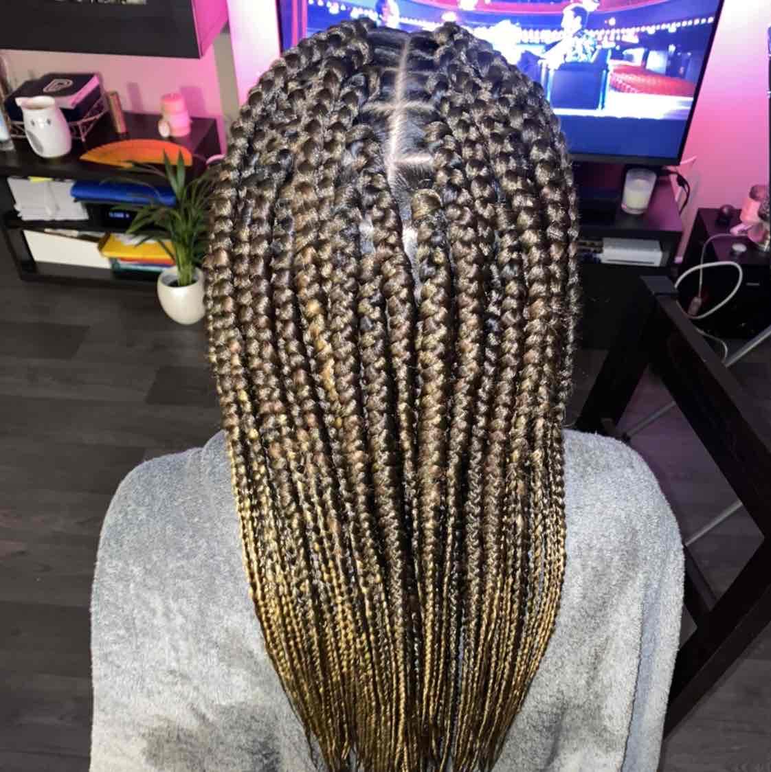salon de coiffure afro tresse tresses box braids crochet braids vanilles tissages paris 75 77 78 91 92 93 94 95 BFBKIUTU