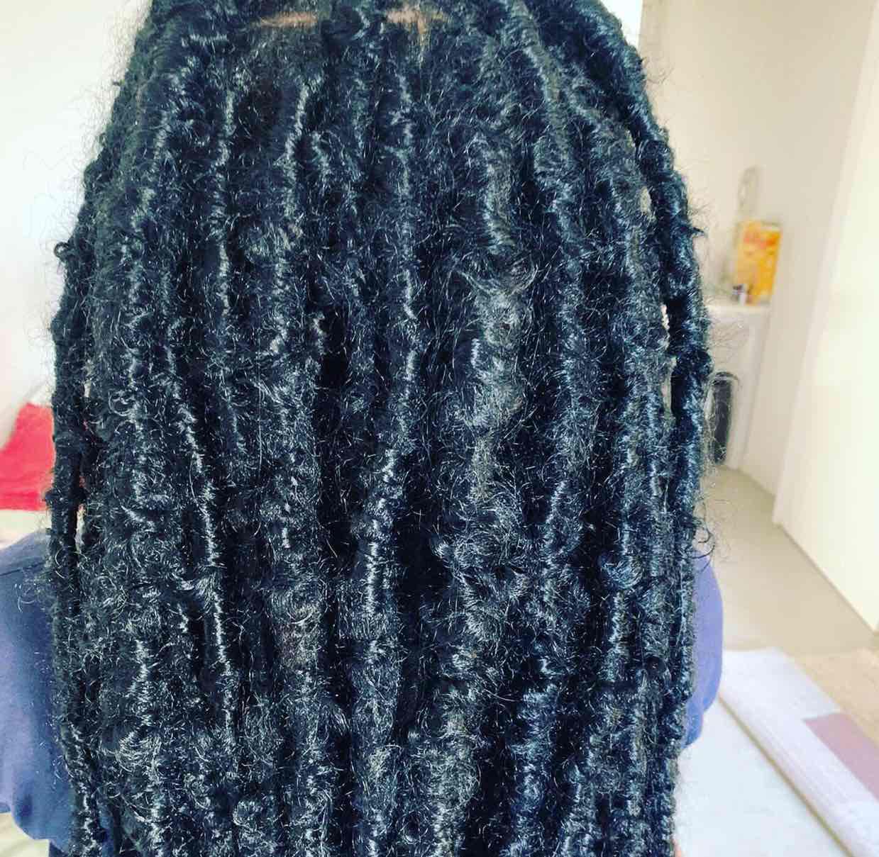 salon de coiffure afro tresse tresses box braids crochet braids vanilles tissages paris 75 77 78 91 92 93 94 95 SBDXMLXH