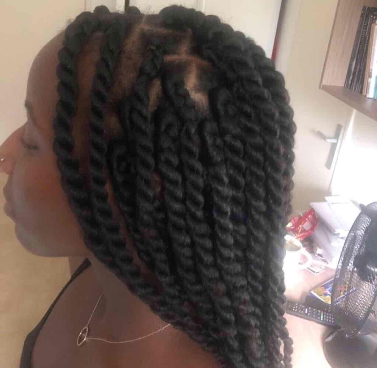 salon de coiffure afro tresse tresses box braids crochet braids vanilles tissages paris 75 77 78 91 92 93 94 95 UFAPFMUG