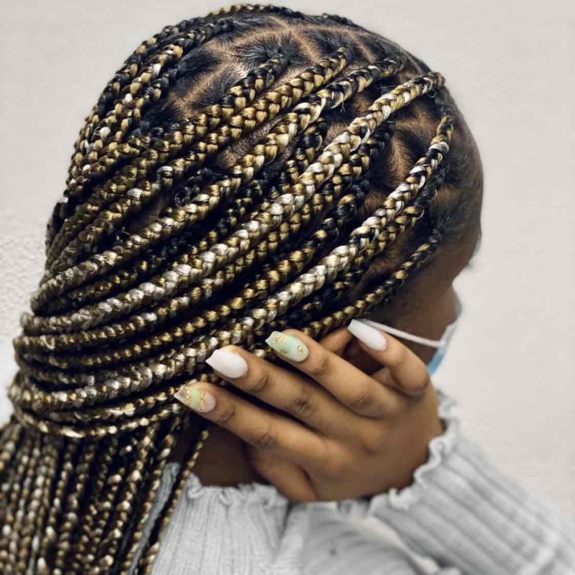 salon de coiffure afro tresse tresses box braids crochet braids vanilles tissages paris 75 77 78 91 92 93 94 95 SEOOEKYT