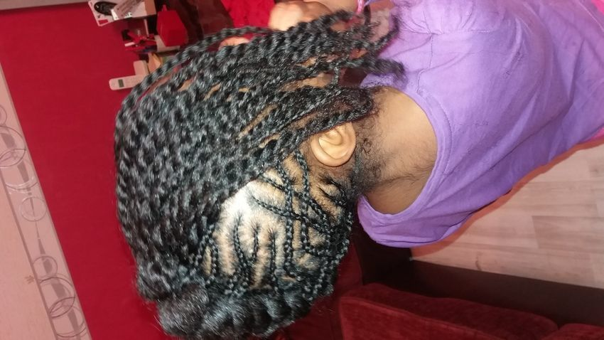 salon de coiffure afro tresse tresses box braids crochet braids vanilles tissages paris 75 77 78 91 92 93 94 95 PMOIIYDI