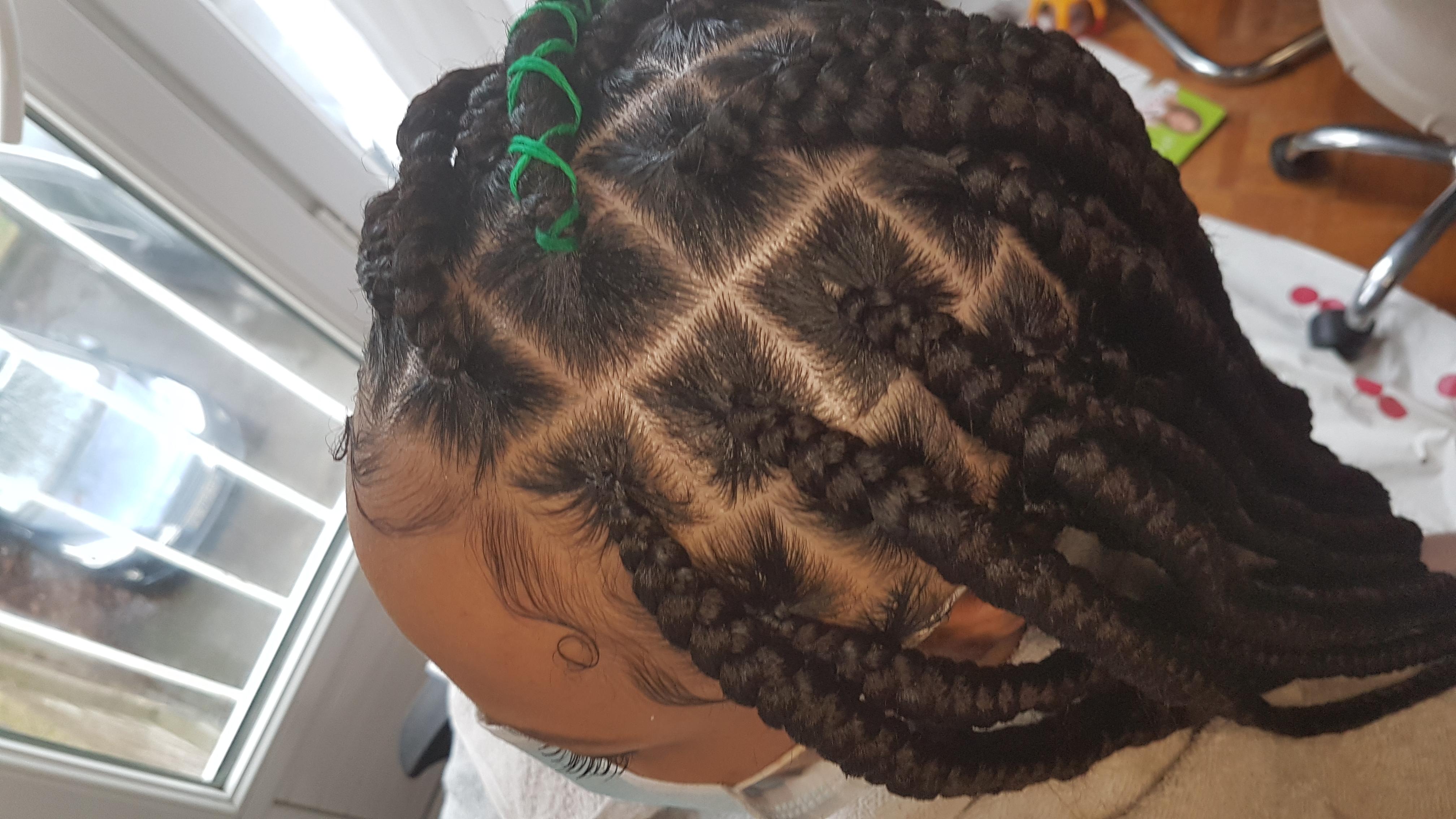 salon de coiffure afro tresse tresses box braids crochet braids vanilles tissages paris 75 77 78 91 92 93 94 95 KPHZNGUC