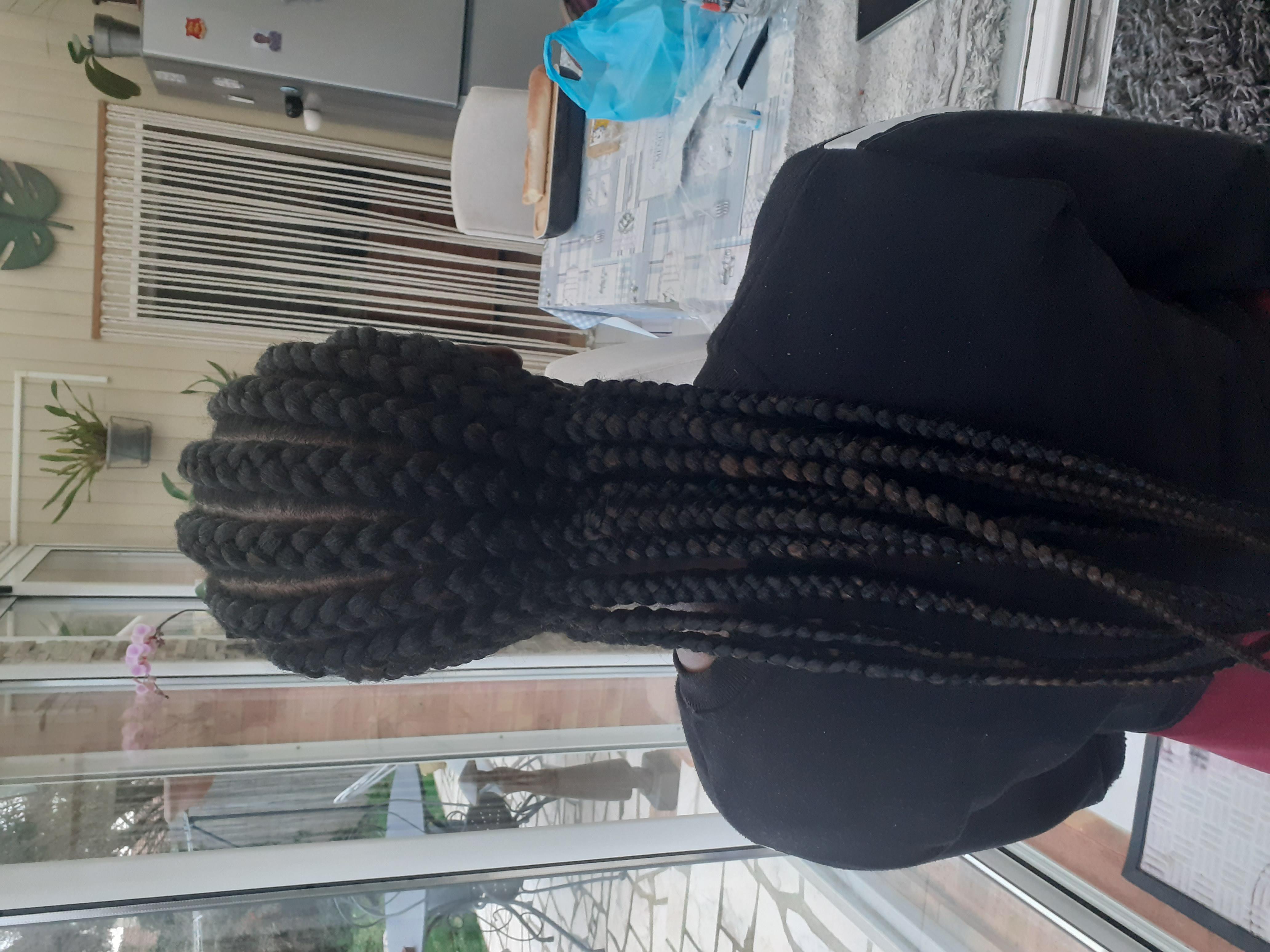 salon de coiffure afro tresse tresses box braids crochet braids vanilles tissages paris 75 77 78 91 92 93 94 95 AMTDEJEW