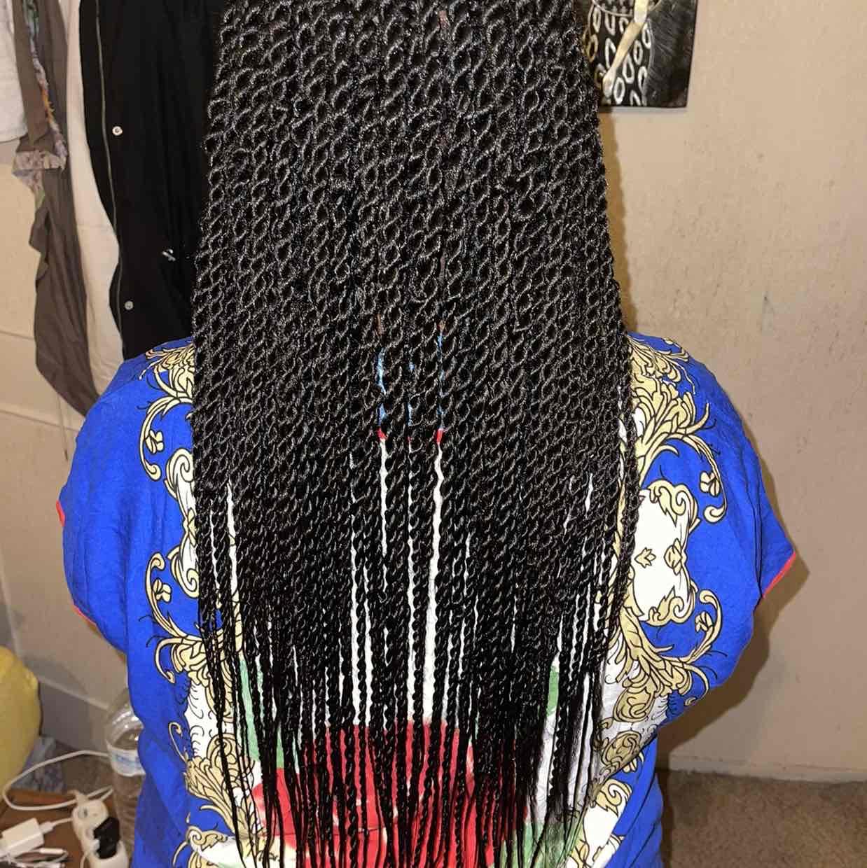 salon de coiffure afro tresse tresses box braids crochet braids vanilles tissages paris 75 77 78 91 92 93 94 95 JLAEVYVB
