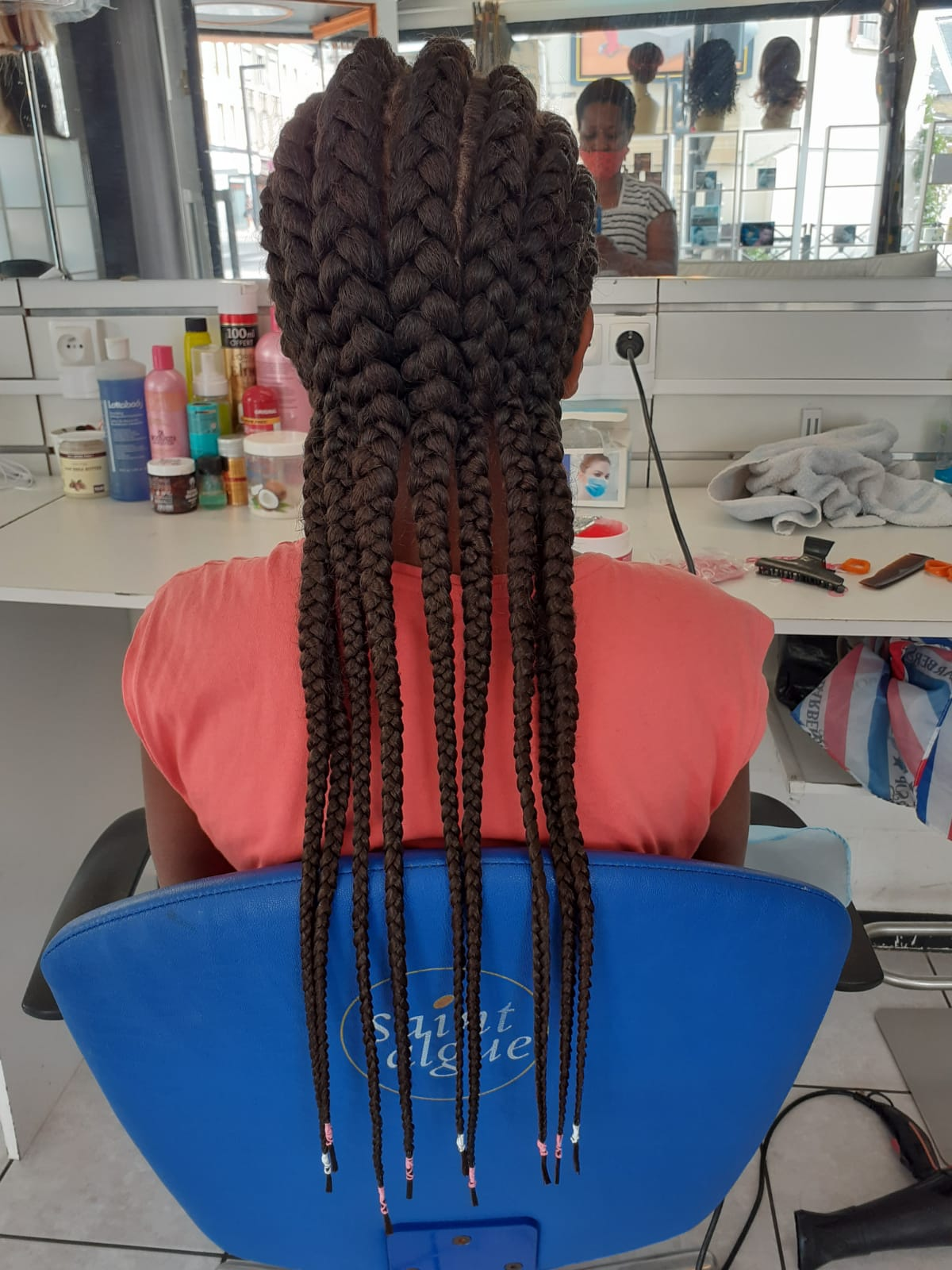 salon de coiffure afro tresse tresses box braids crochet braids vanilles tissages paris 75 77 78 91 92 93 94 95 RTGPYWHC