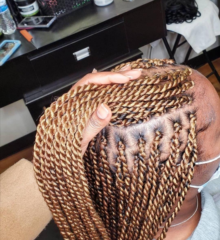 salon de coiffure afro tresse tresses box braids crochet braids vanilles tissages paris 75 77 78 91 92 93 94 95 VMCSBXRN