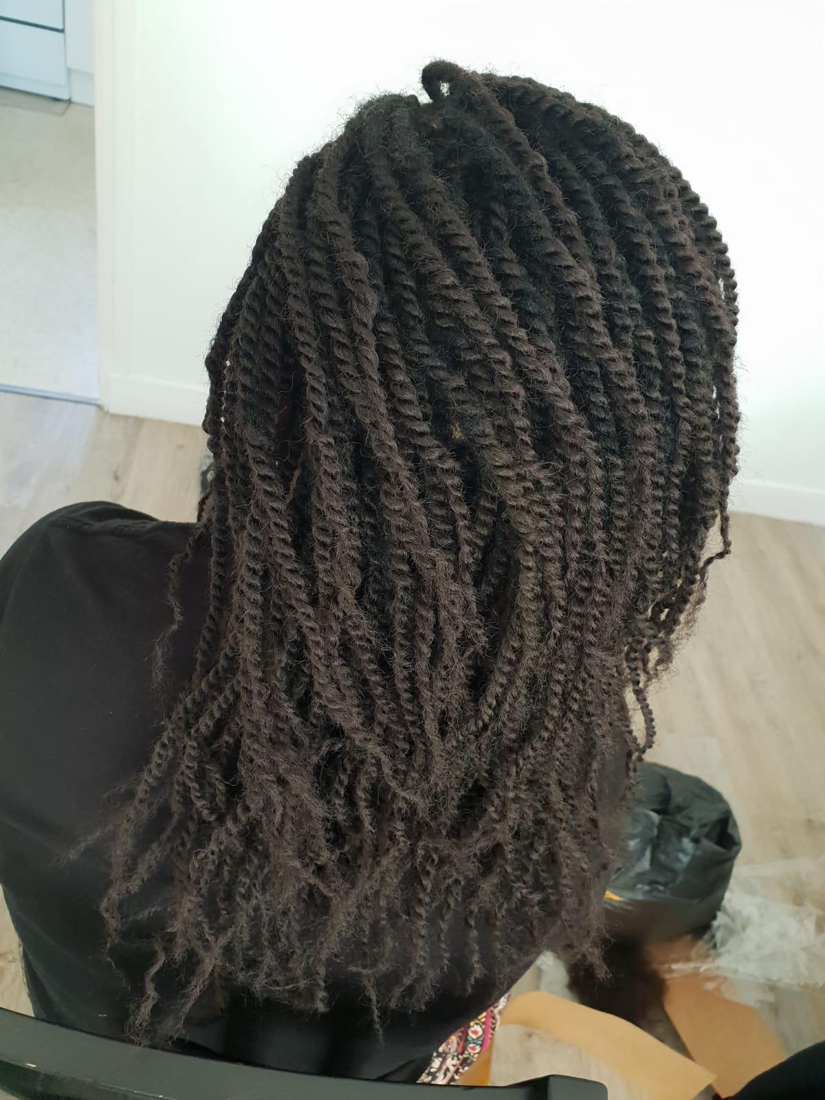 salon de coiffure afro tresse tresses box braids crochet braids vanilles tissages paris 75 77 78 91 92 93 94 95 SJYILFPQ