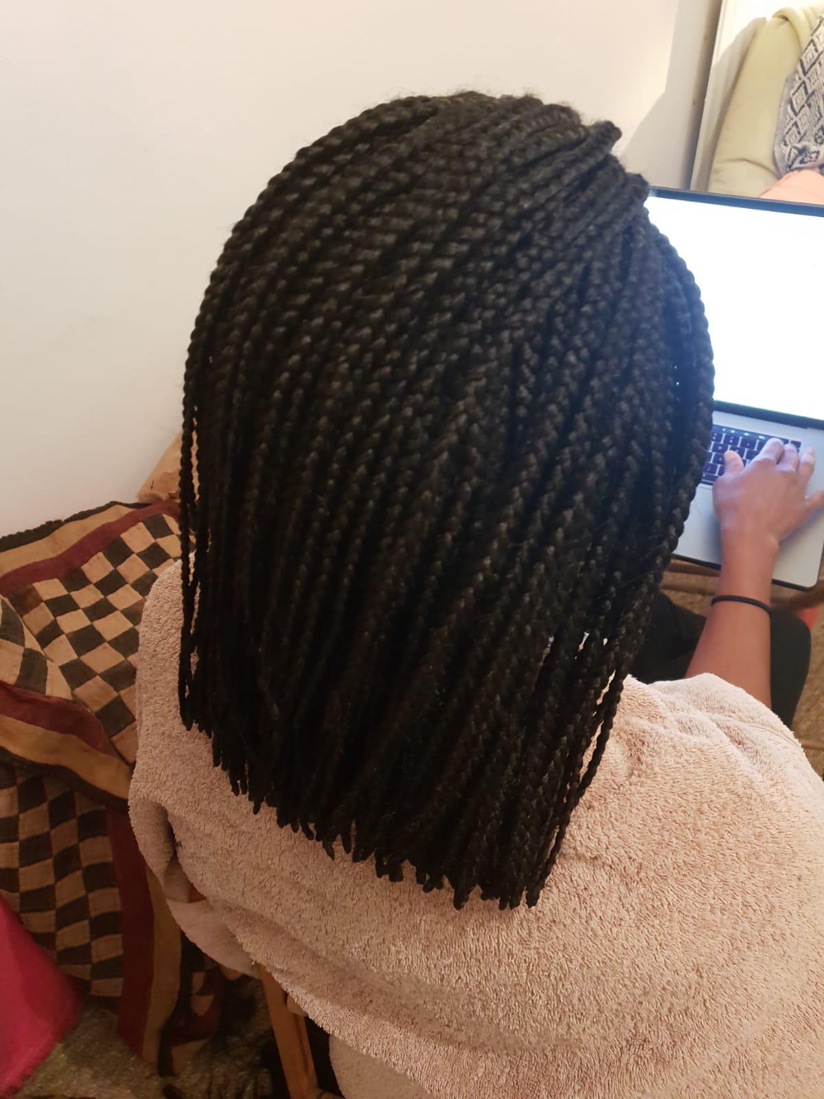salon de coiffure afro tresse tresses box braids crochet braids vanilles tissages paris 75 77 78 91 92 93 94 95 SHYWFYWE