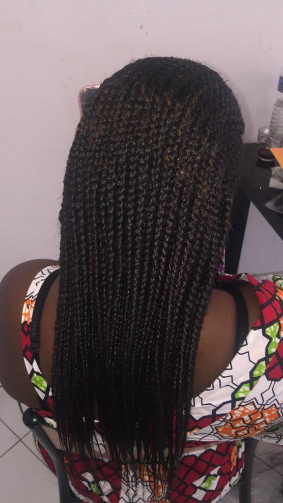 salon de coiffure afro tresse tresses box braids crochet braids vanilles tissages paris 75 77 78 91 92 93 94 95 MLZWQSHP