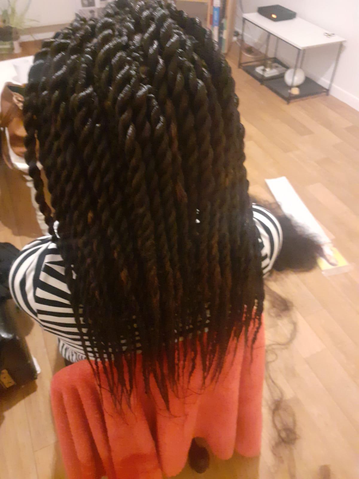 salon de coiffure afro tresse tresses box braids crochet braids vanilles tissages paris 75 77 78 91 92 93 94 95 QTZZVRXJ