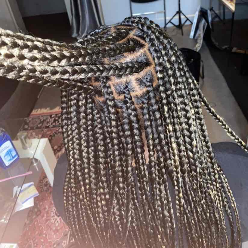salon de coiffure afro tresse tresses box braids crochet braids vanilles tissages paris 75 77 78 91 92 93 94 95 GXTIQIDR