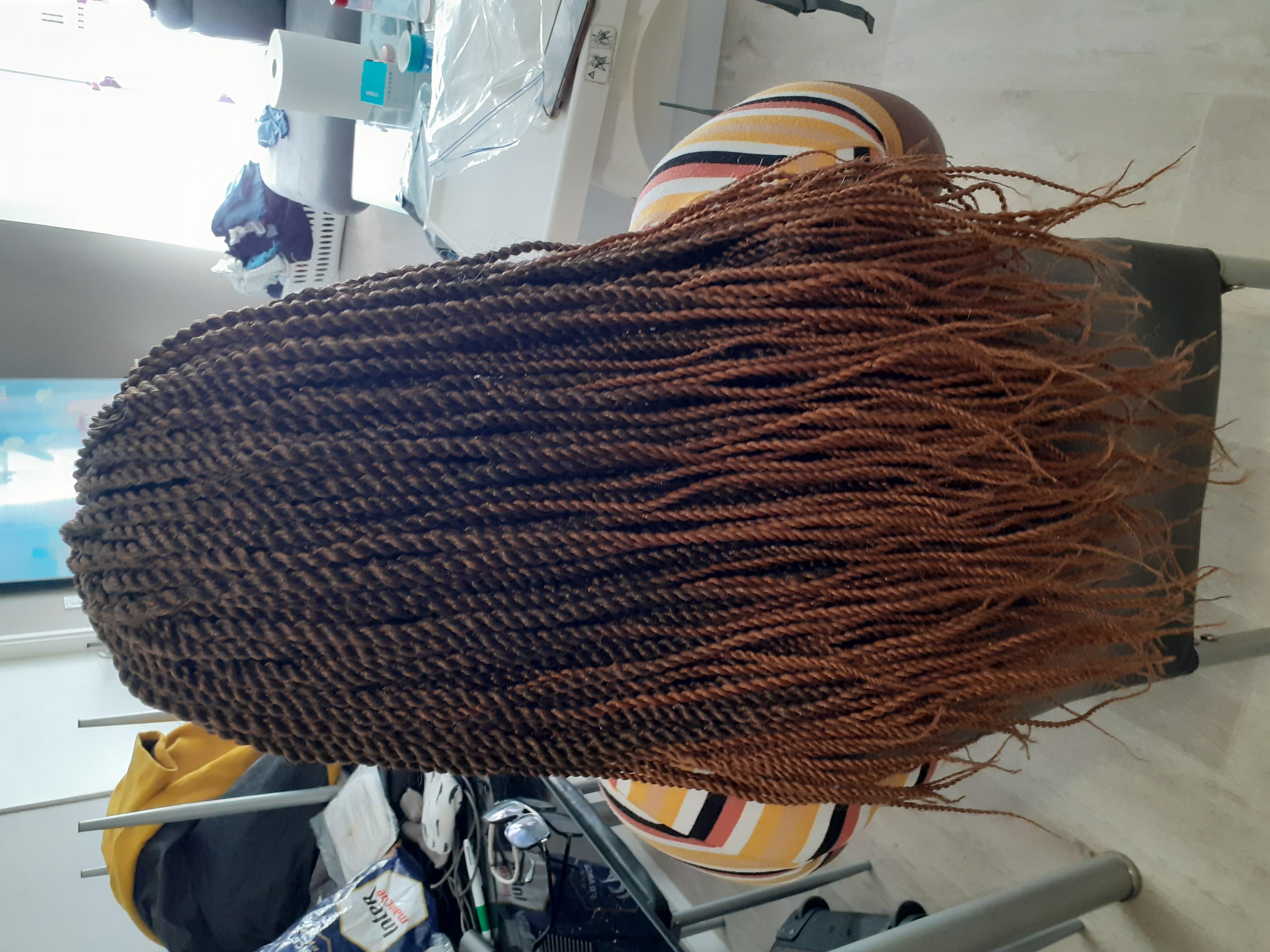 salon de coiffure afro tresse tresses box braids crochet braids vanilles tissages paris 75 77 78 91 92 93 94 95 WAZKRDMG