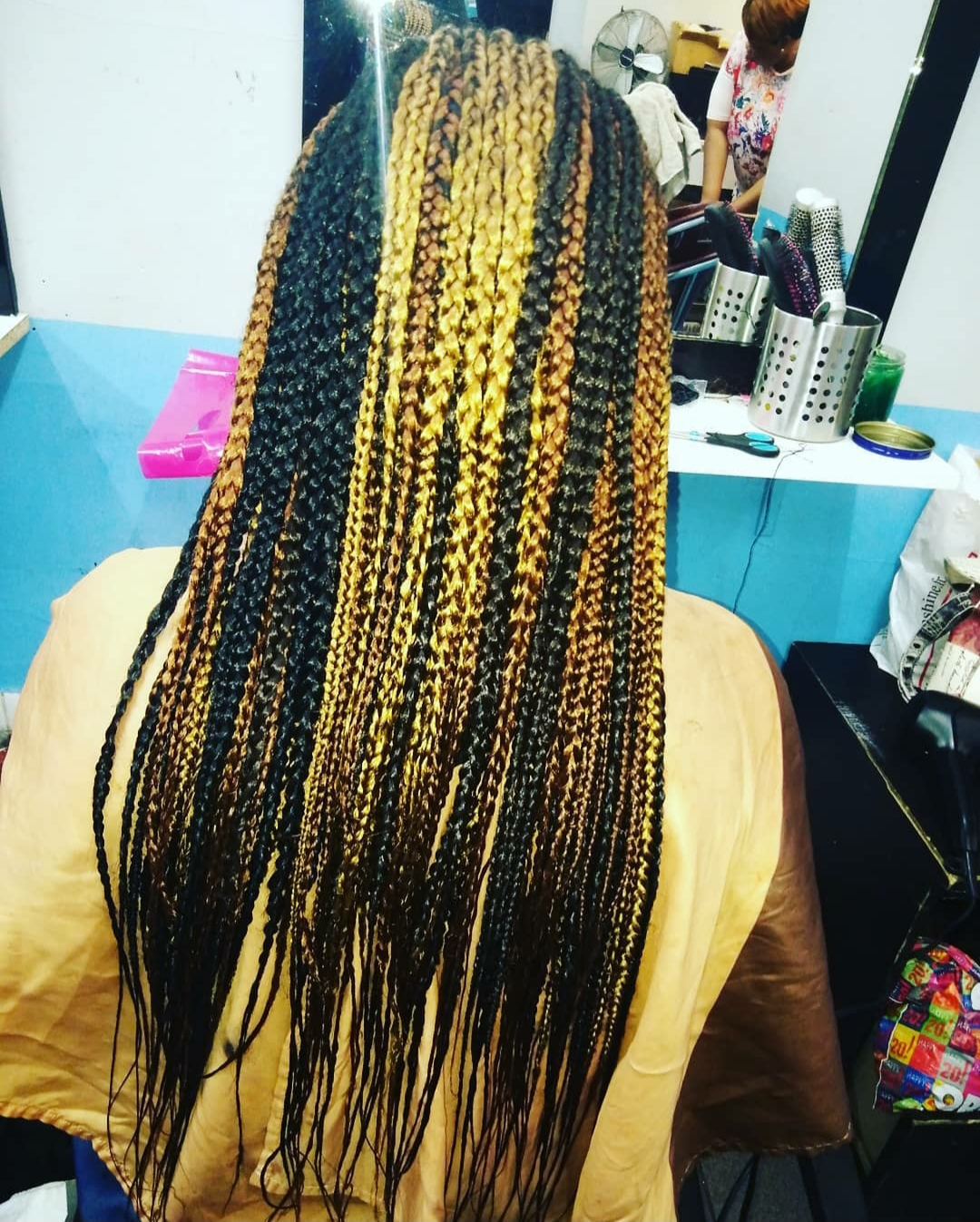 salon de coiffure afro tresse tresses box braids crochet braids vanilles tissages paris 75 77 78 91 92 93 94 95 TMQASNYA