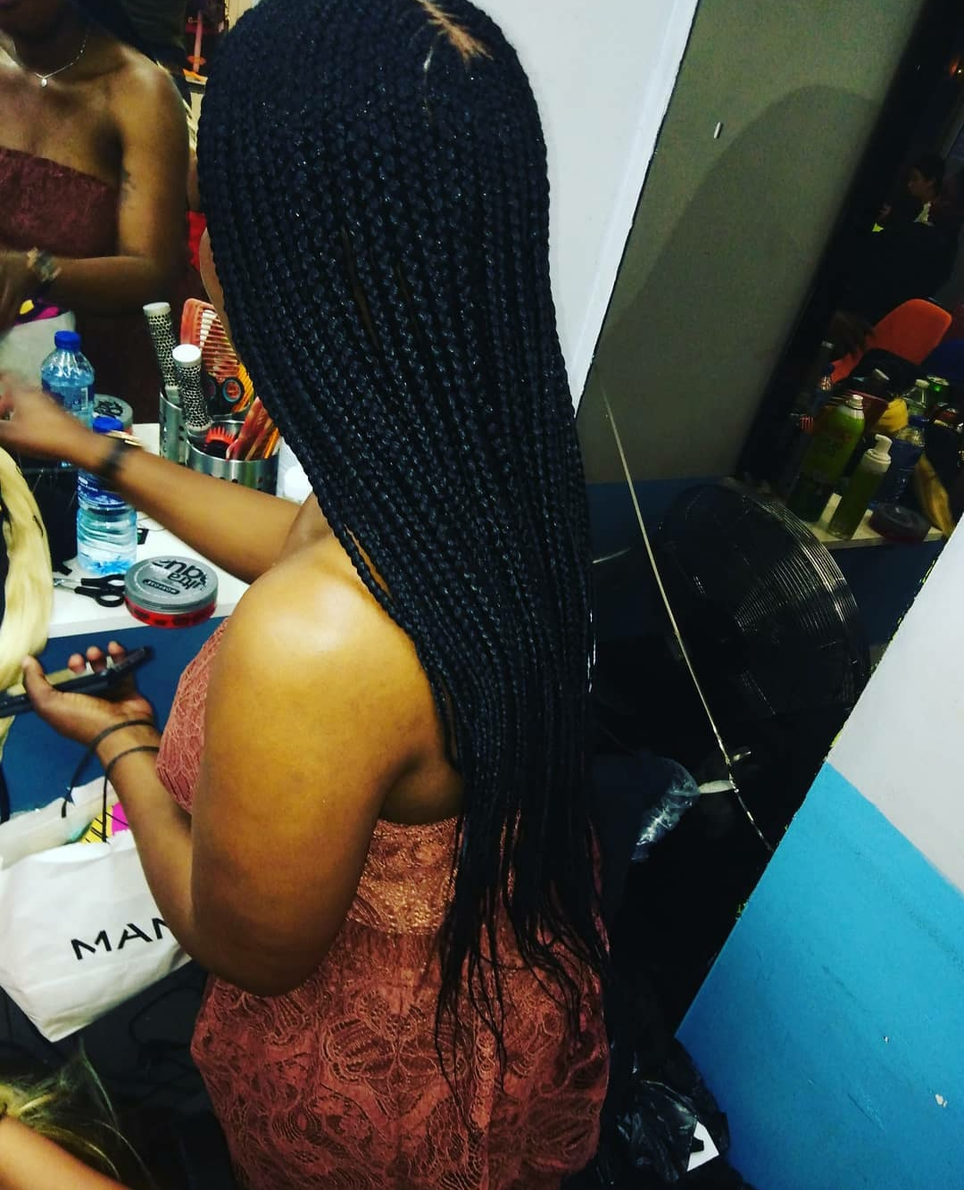 salon de coiffure afro tresse tresses box braids crochet braids vanilles tissages paris 75 77 78 91 92 93 94 95 OSCCYTPI