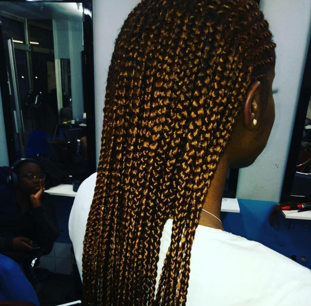 salon de coiffure afro tresse tresses box braids crochet braids vanilles tissages paris 75 77 78 91 92 93 94 95 FVQZKACY