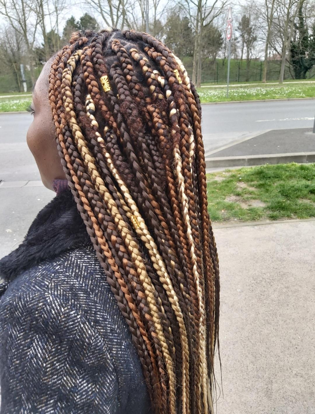 salon de coiffure afro tresse tresses box braids crochet braids vanilles tissages paris 75 77 78 91 92 93 94 95 KVKSFTUA