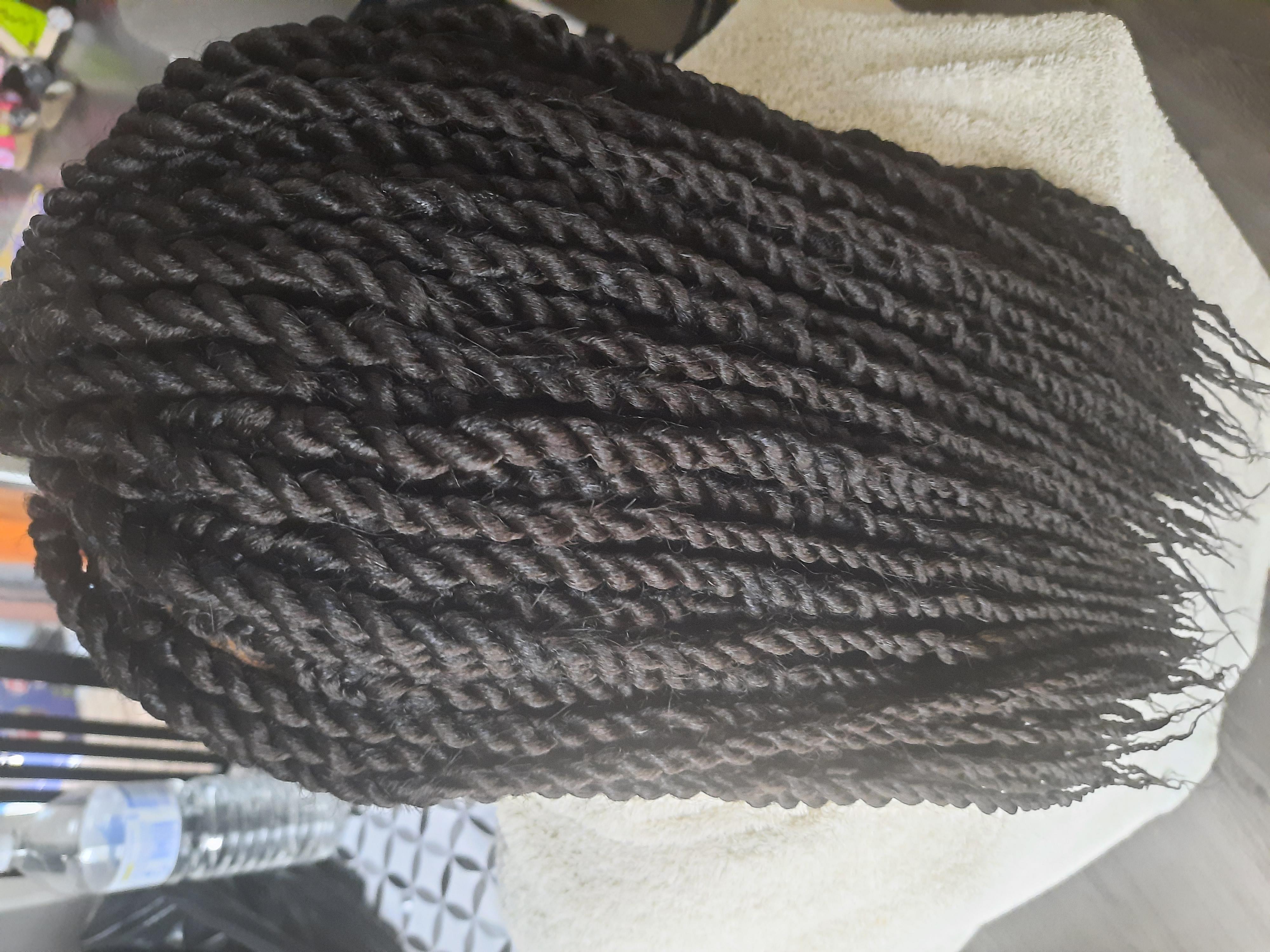 salon de coiffure afro tresse tresses box braids crochet braids vanilles tissages paris 75 77 78 91 92 93 94 95 HTIOFIDN