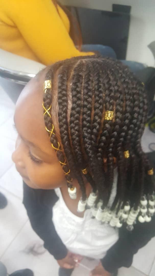 salon de coiffure afro tresse tresses box braids crochet braids vanilles tissages paris 75 77 78 91 92 93 94 95 TOQBMEPF