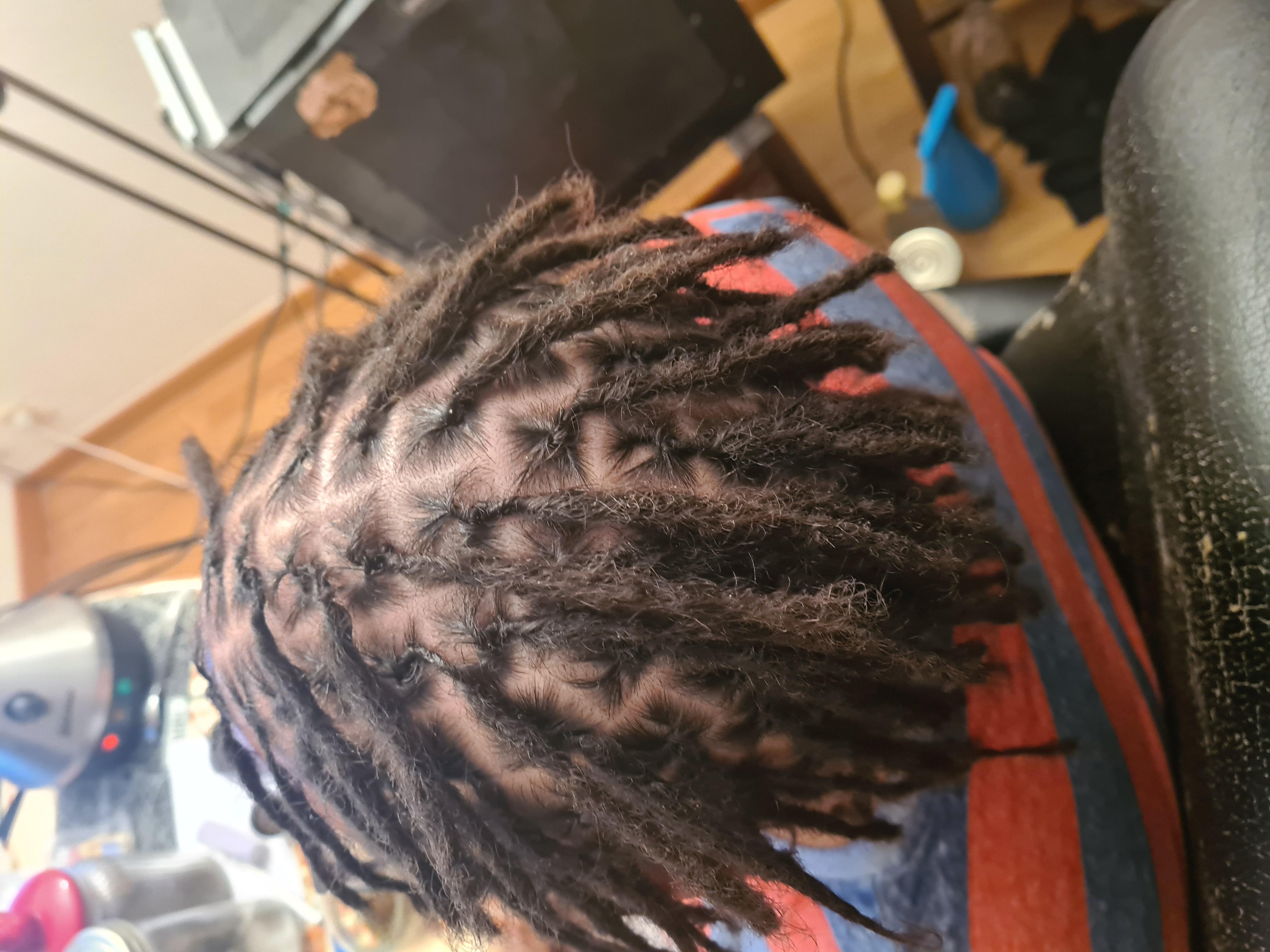 salon de coiffure afro tresse tresses box braids crochet braids vanilles tissages paris 75 77 78 91 92 93 94 95 AKIOBRQZ