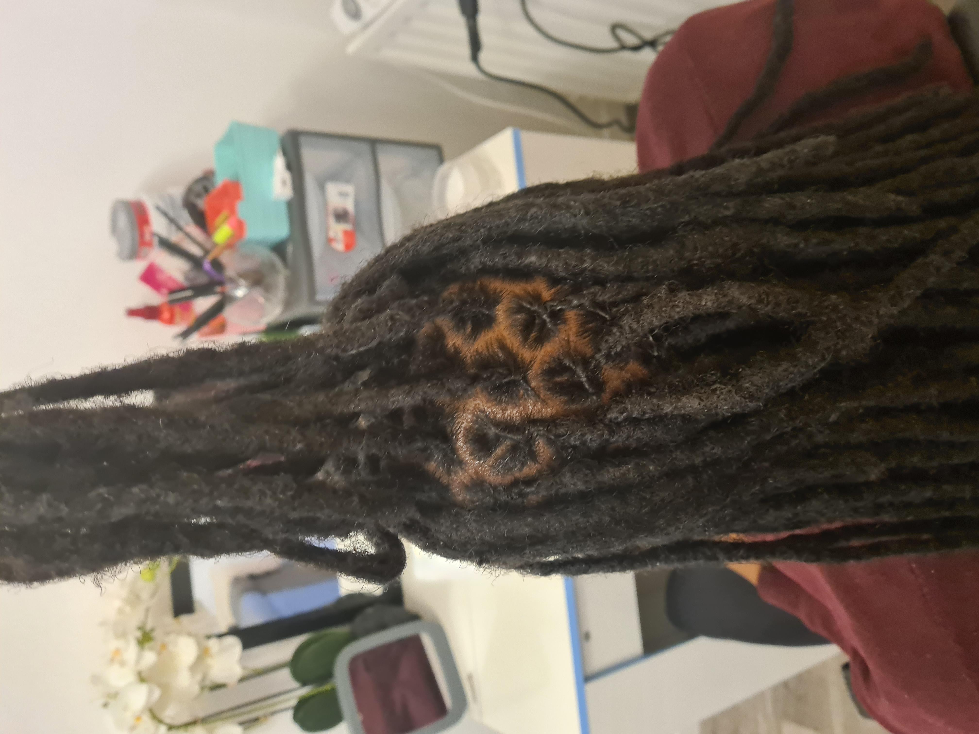 salon de coiffure afro tresse tresses box braids crochet braids vanilles tissages paris 75 77 78 91 92 93 94 95 VTVZJSDN