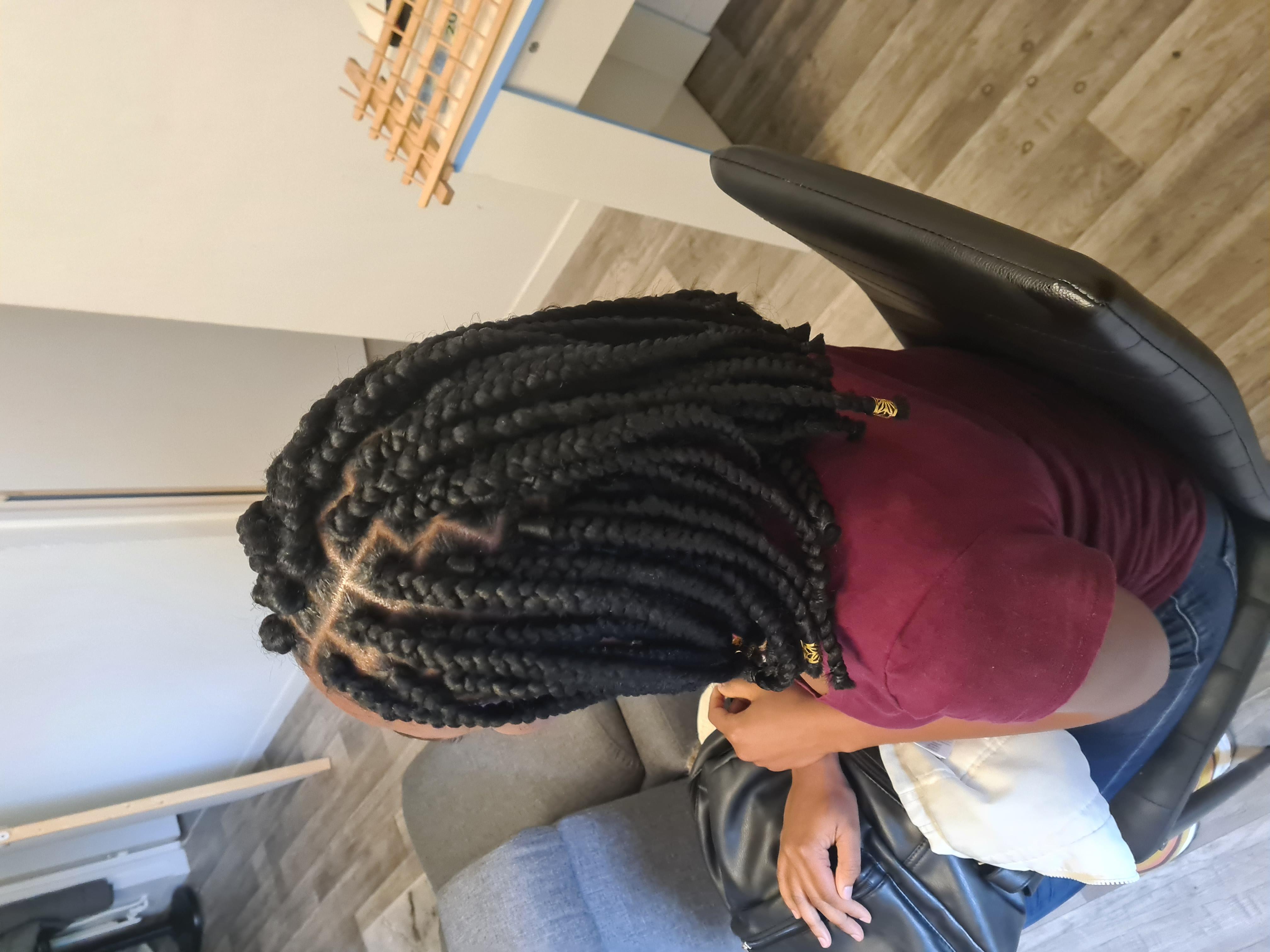 salon de coiffure afro tresse tresses box braids crochet braids vanilles tissages paris 75 77 78 91 92 93 94 95 NTSYUNIO