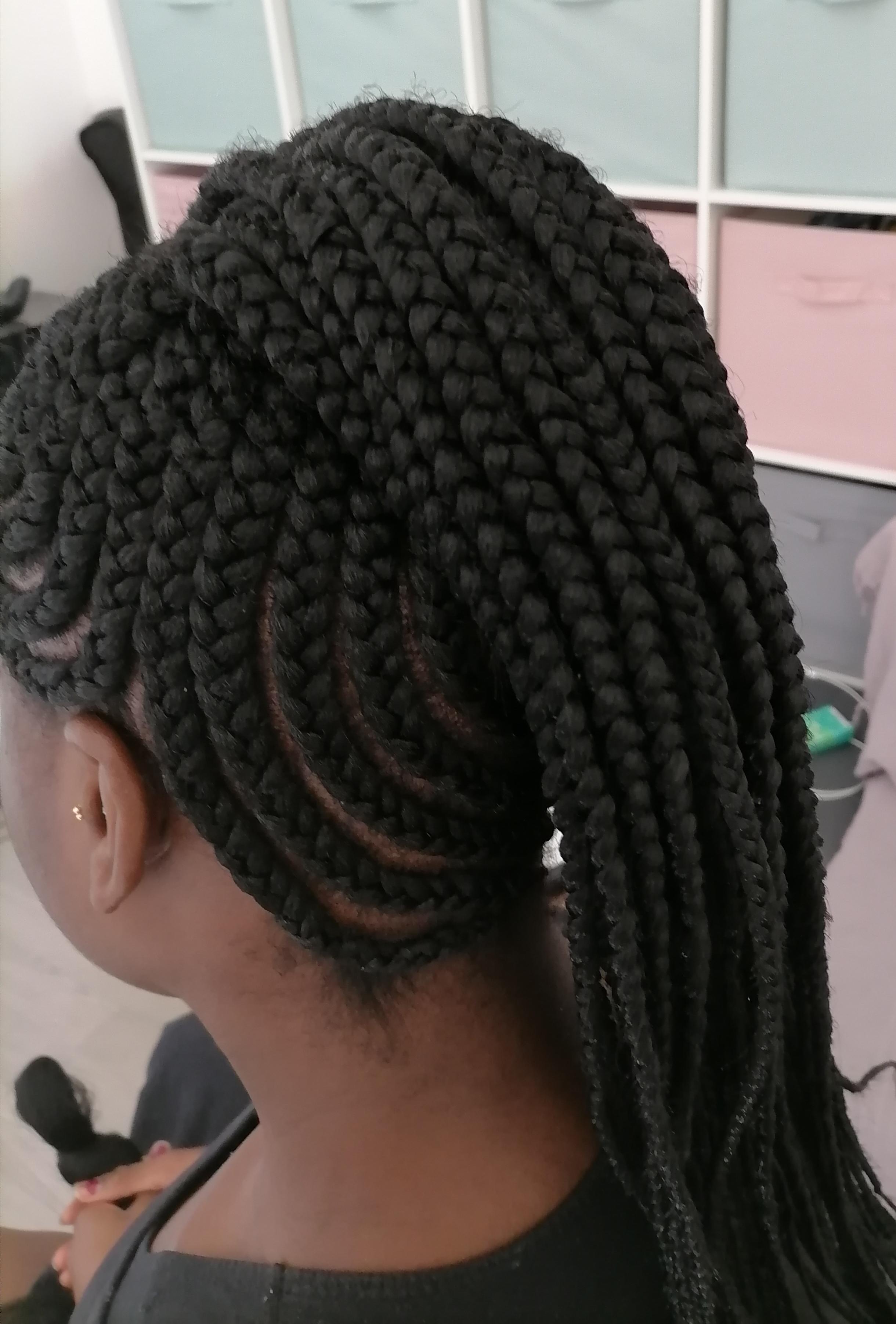 salon de coiffure afro tresse tresses box braids crochet braids vanilles tissages paris 75 77 78 91 92 93 94 95 OGDHFJUI