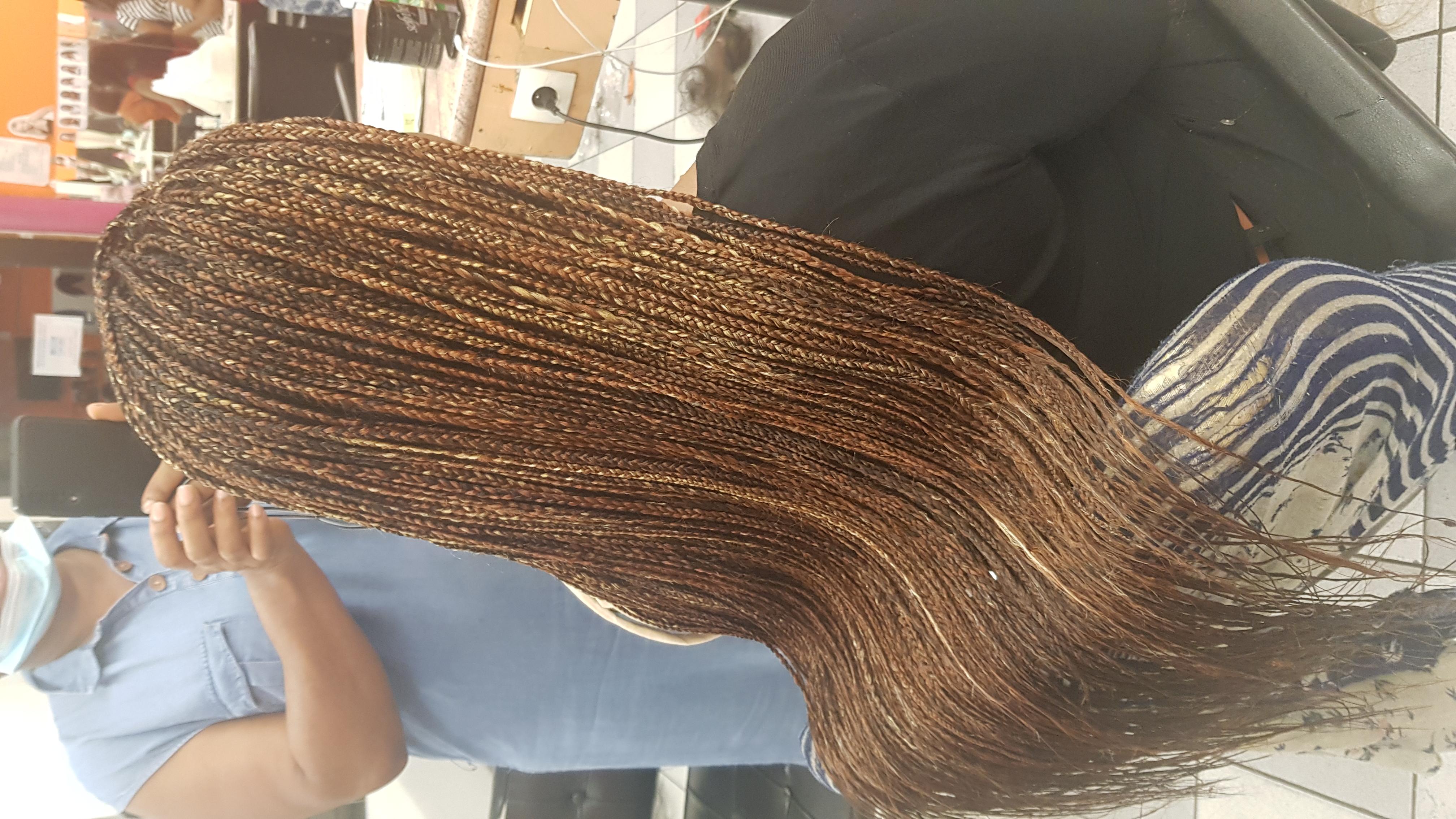 salon de coiffure afro tresse tresses box braids crochet braids vanilles tissages paris 75 77 78 91 92 93 94 95 FQQKIDMH