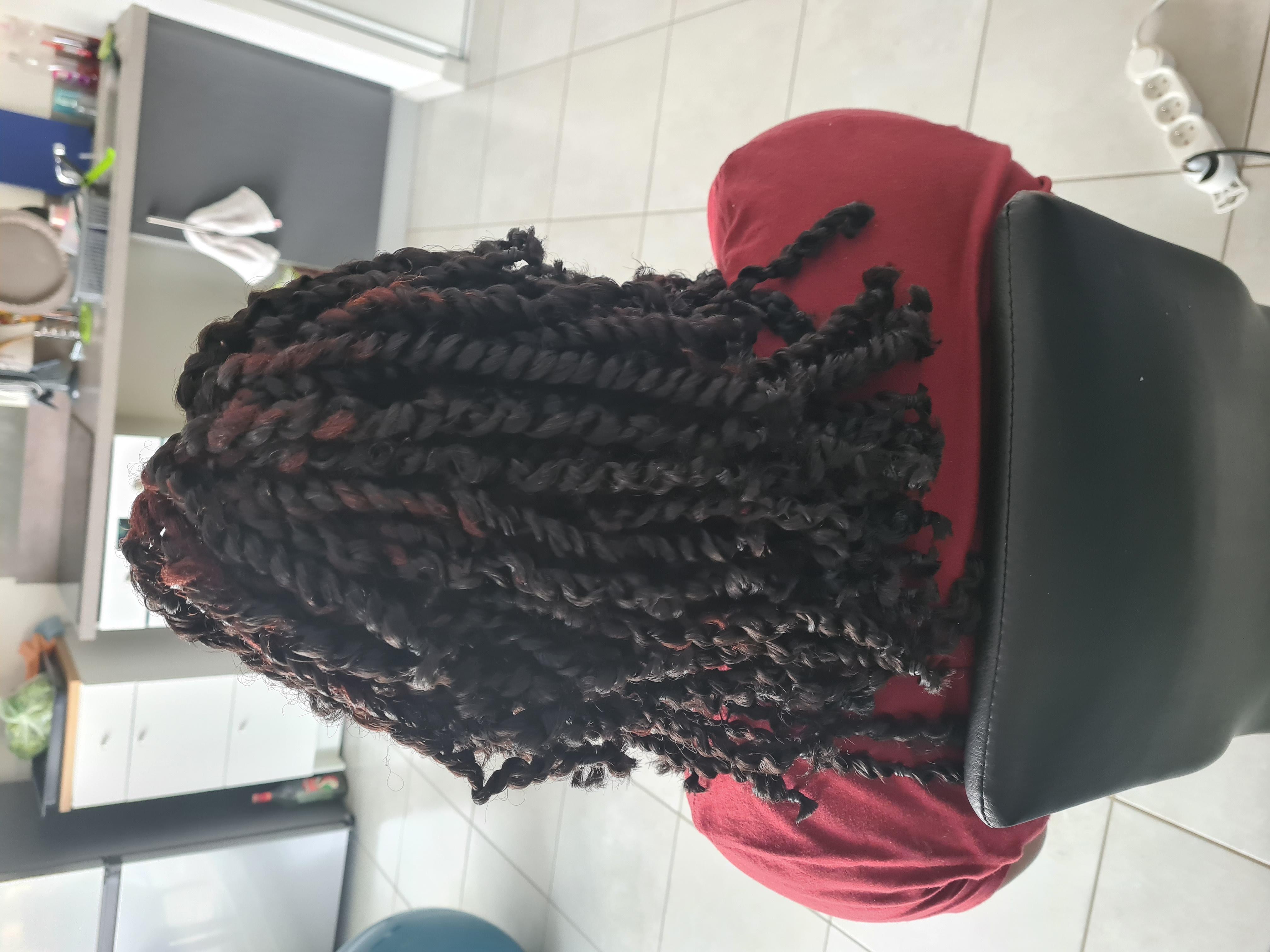 salon de coiffure afro tresse tresses box braids crochet braids vanilles tissages paris 75 77 78 91 92 93 94 95 CNGSLOOO