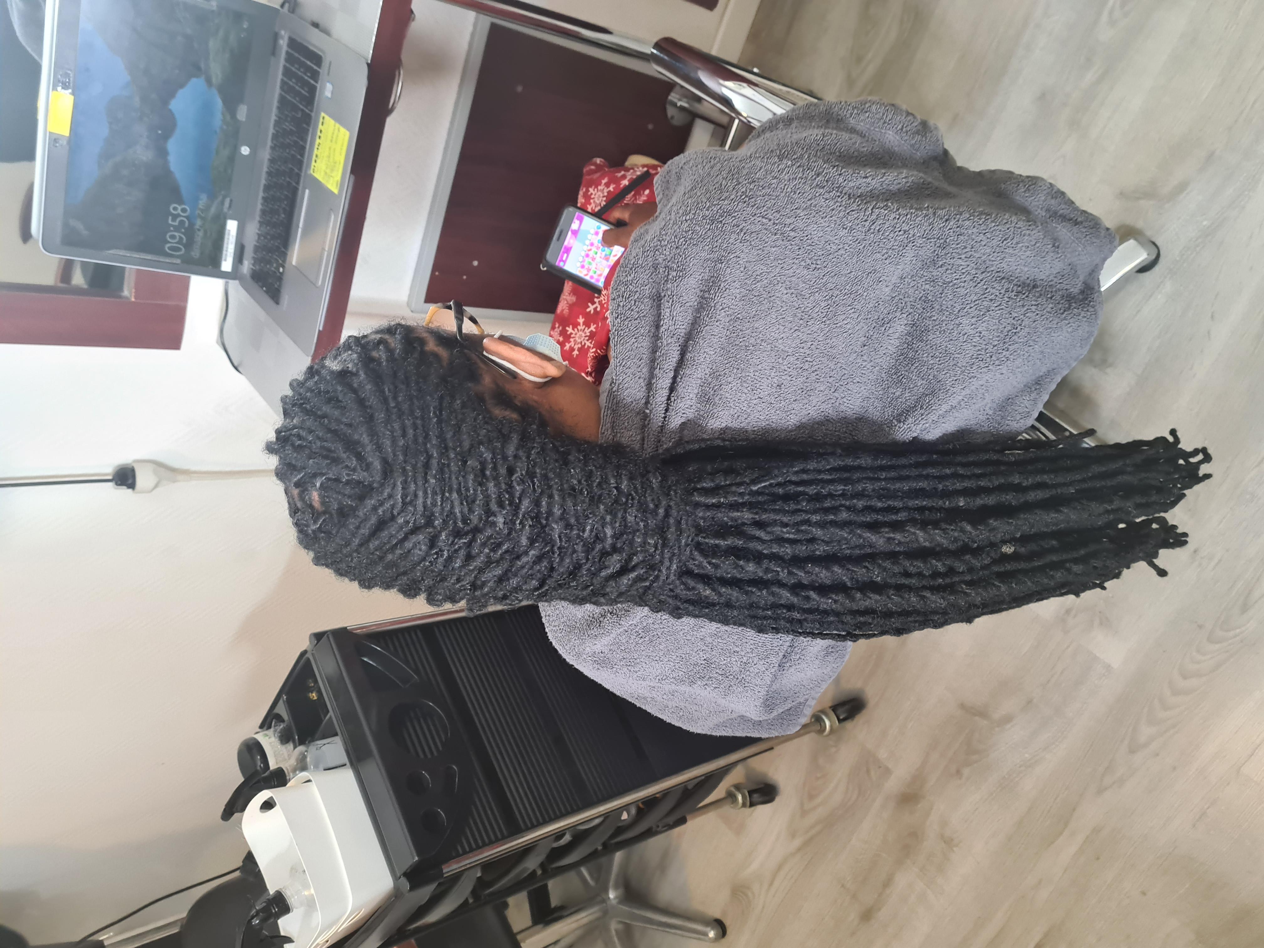 salon de coiffure afro tresse tresses box braids crochet braids vanilles tissages paris 75 77 78 91 92 93 94 95 RXLSPLSQ