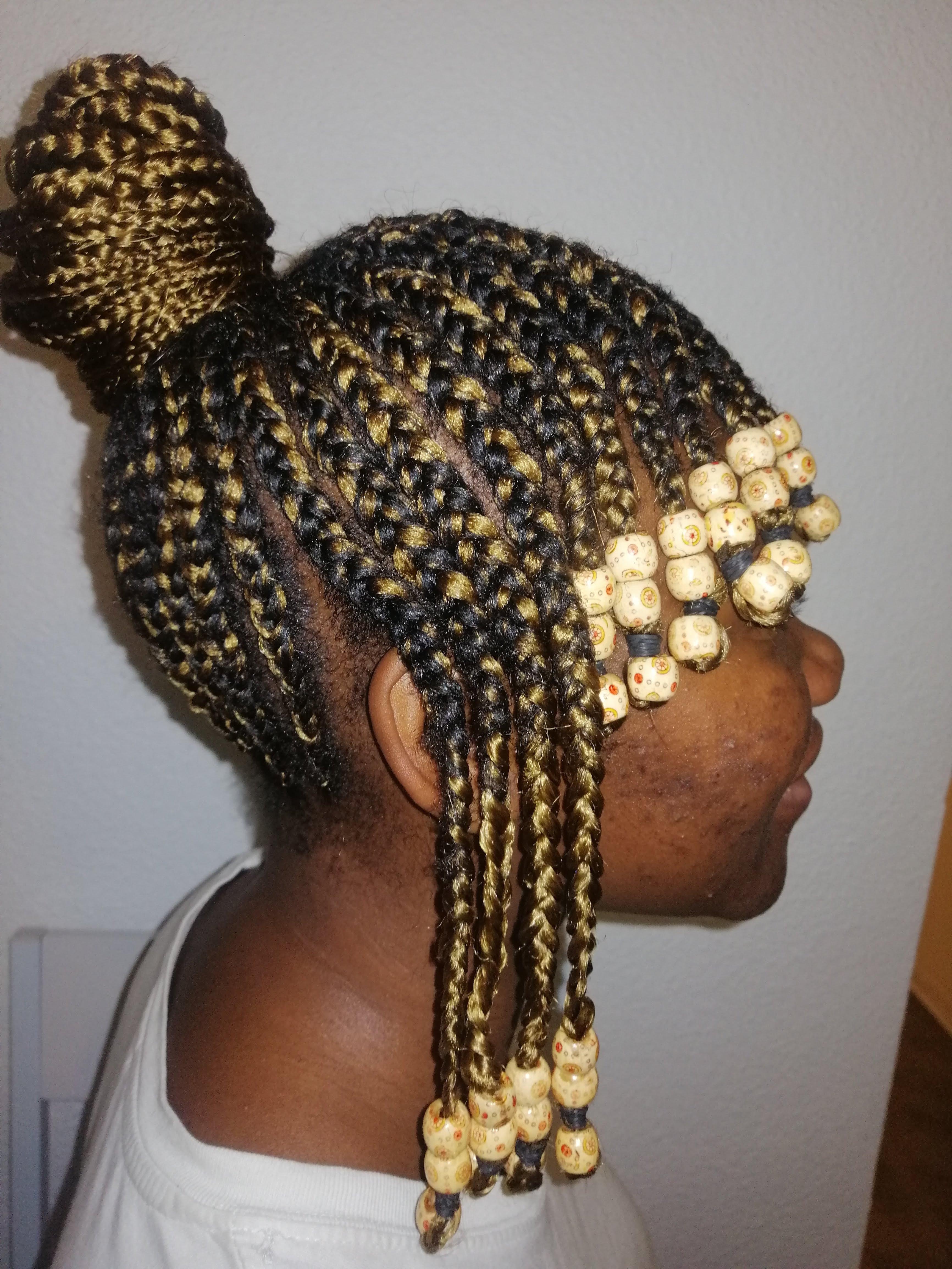 salon de coiffure afro tresse tresses box braids crochet braids vanilles tissages paris 75 77 78 91 92 93 94 95 NIULTUOS