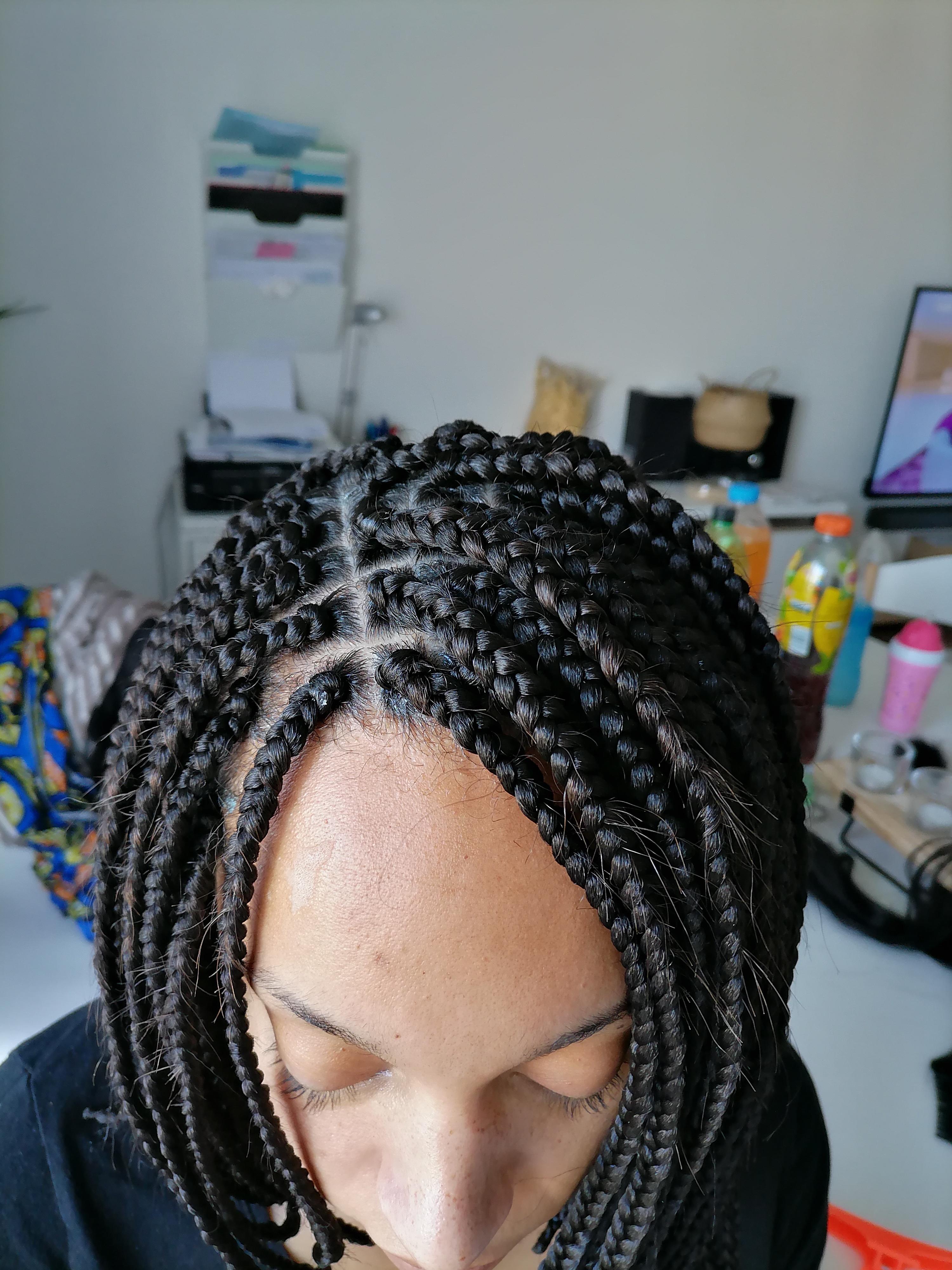 salon de coiffure afro tresse tresses box braids crochet braids vanilles tissages paris 75 77 78 91 92 93 94 95 IQLLEDSB
