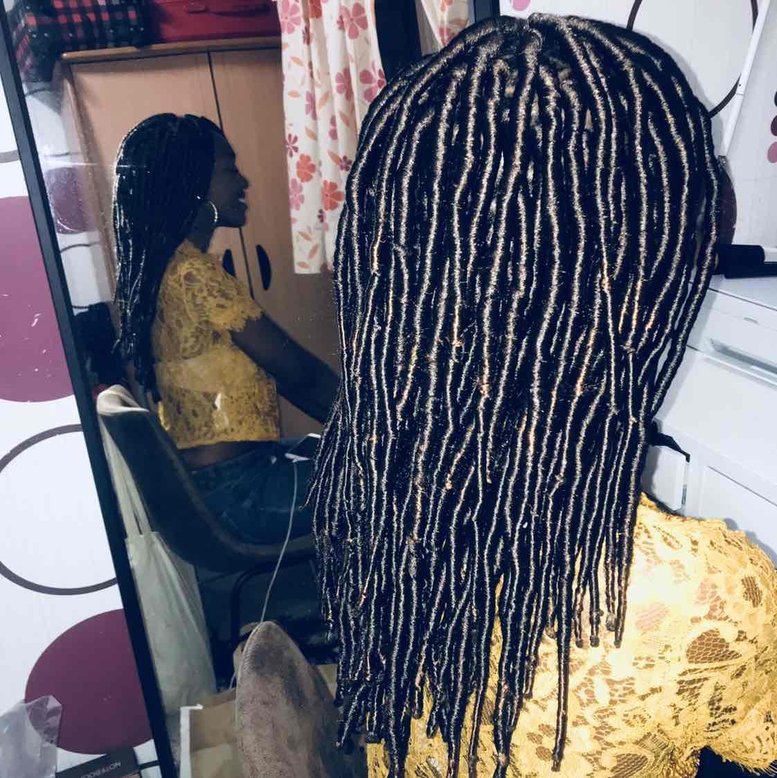 salon de coiffure afro tresse tresses box braids crochet braids vanilles tissages paris 75 77 78 91 92 93 94 95 SCLGRUFN