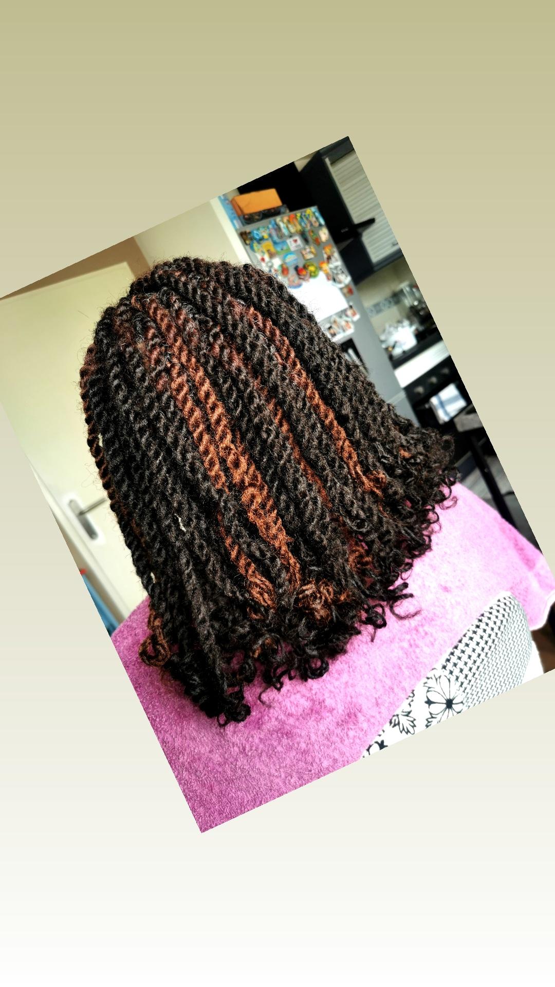 salon de coiffure afro tresse tresses box braids crochet braids vanilles tissages paris 75 77 78 91 92 93 94 95 RSTXYSGT