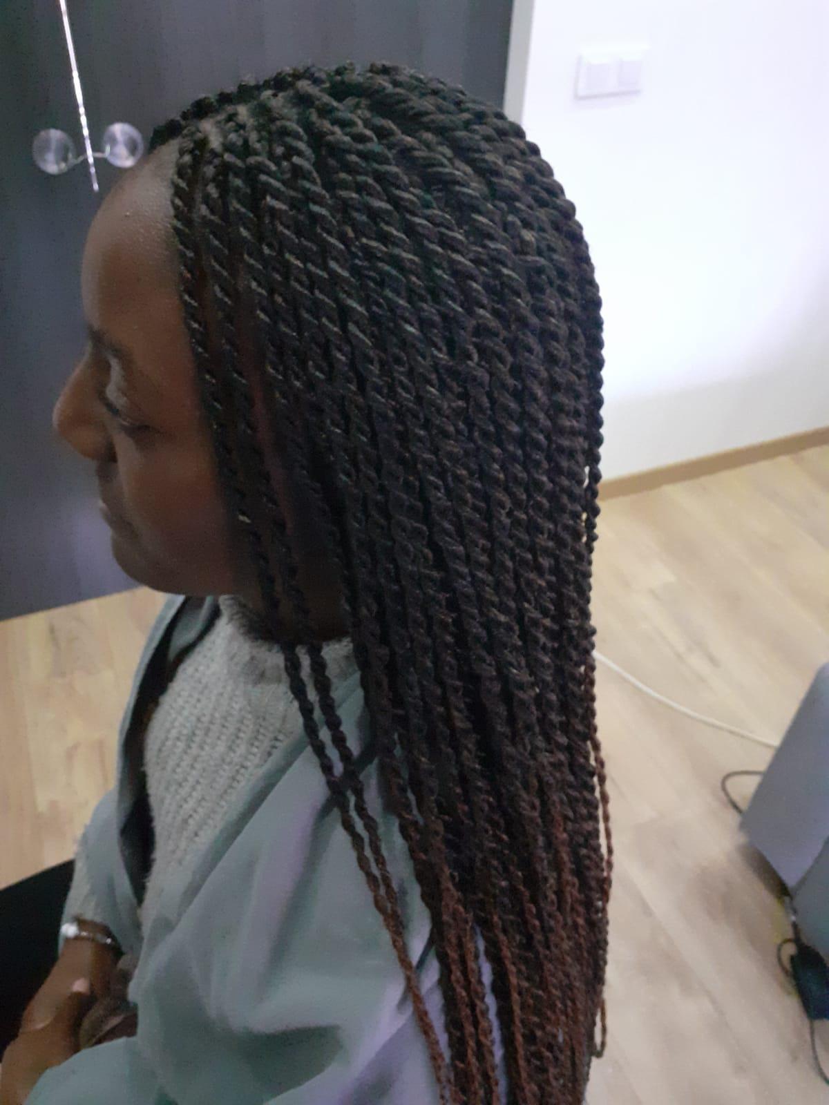 salon de coiffure afro tresse tresses box braids crochet braids vanilles tissages paris 75 77 78 91 92 93 94 95 CAKSOFFT