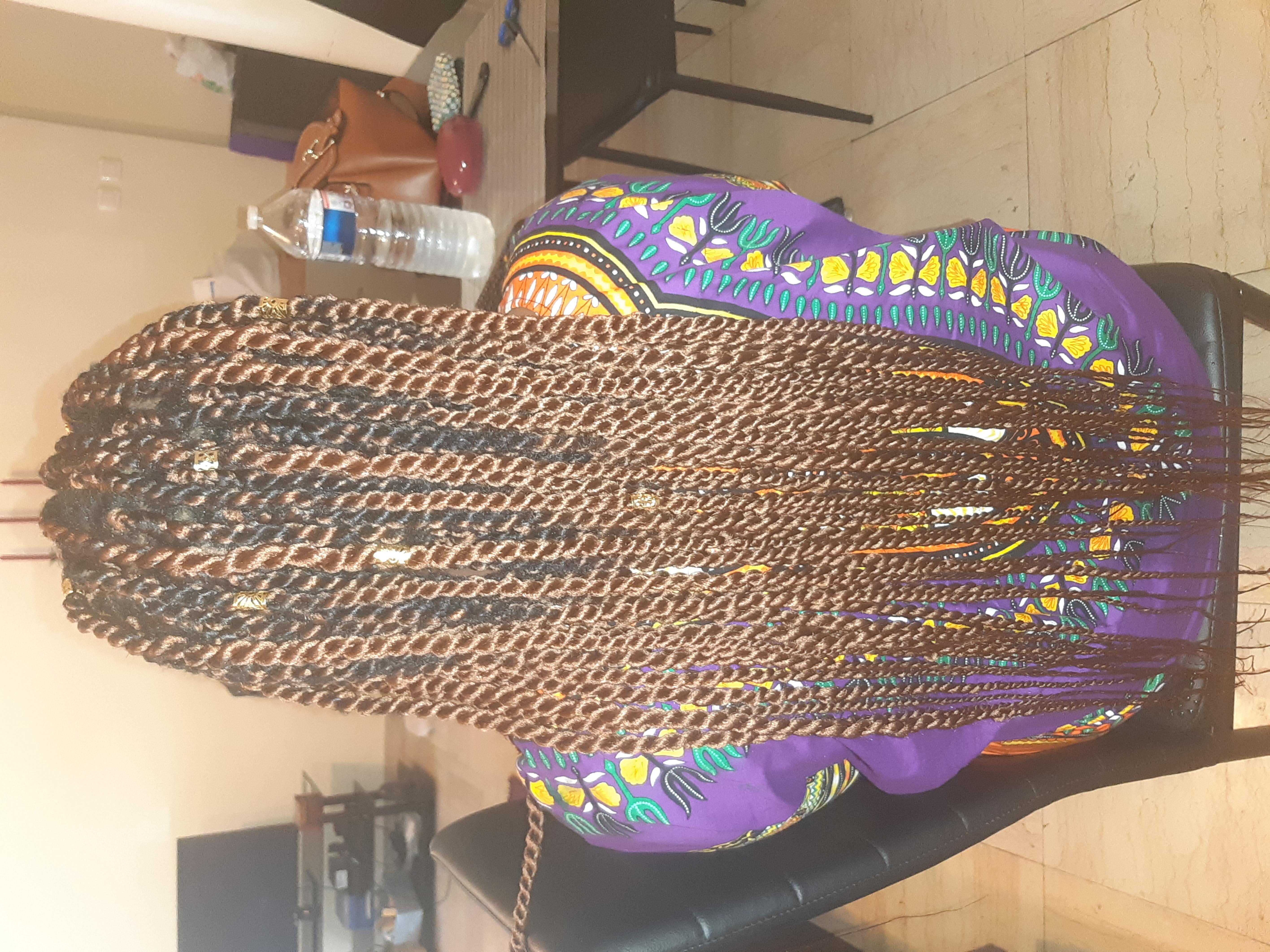 salon de coiffure afro tresse tresses box braids crochet braids vanilles tissages paris 75 77 78 91 92 93 94 95 CPQGTZIL