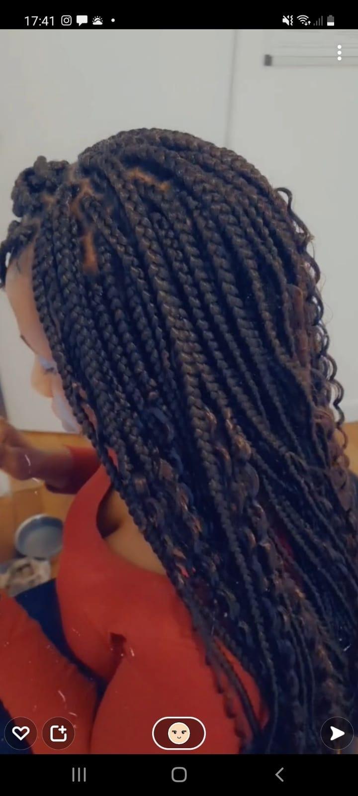 salon de coiffure afro tresse tresses box braids crochet braids vanilles tissages paris 75 77 78 91 92 93 94 95 FIAXMOVI