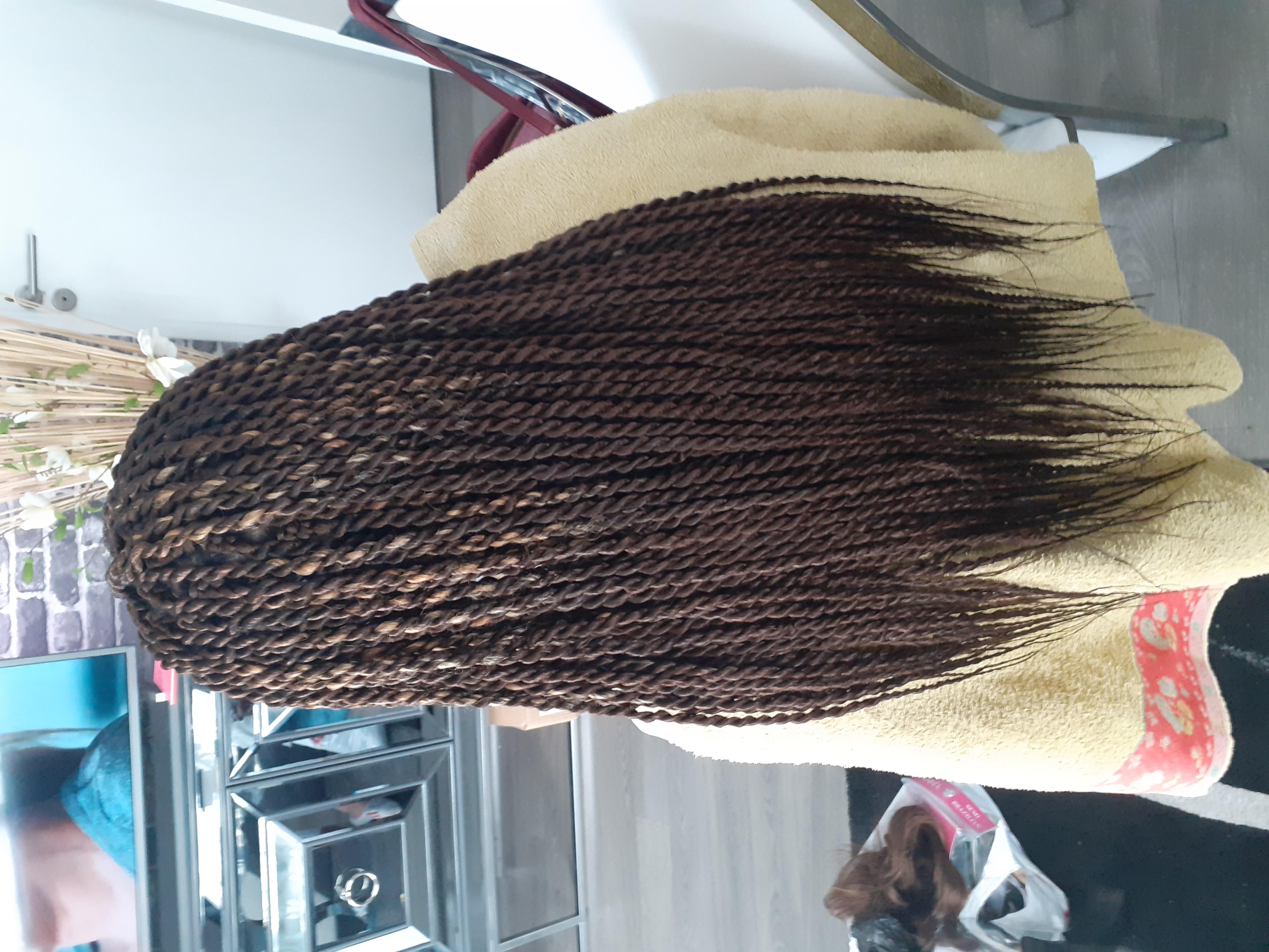 salon de coiffure afro tresse tresses box braids crochet braids vanilles tissages paris 75 77 78 91 92 93 94 95 SOPXJTQY