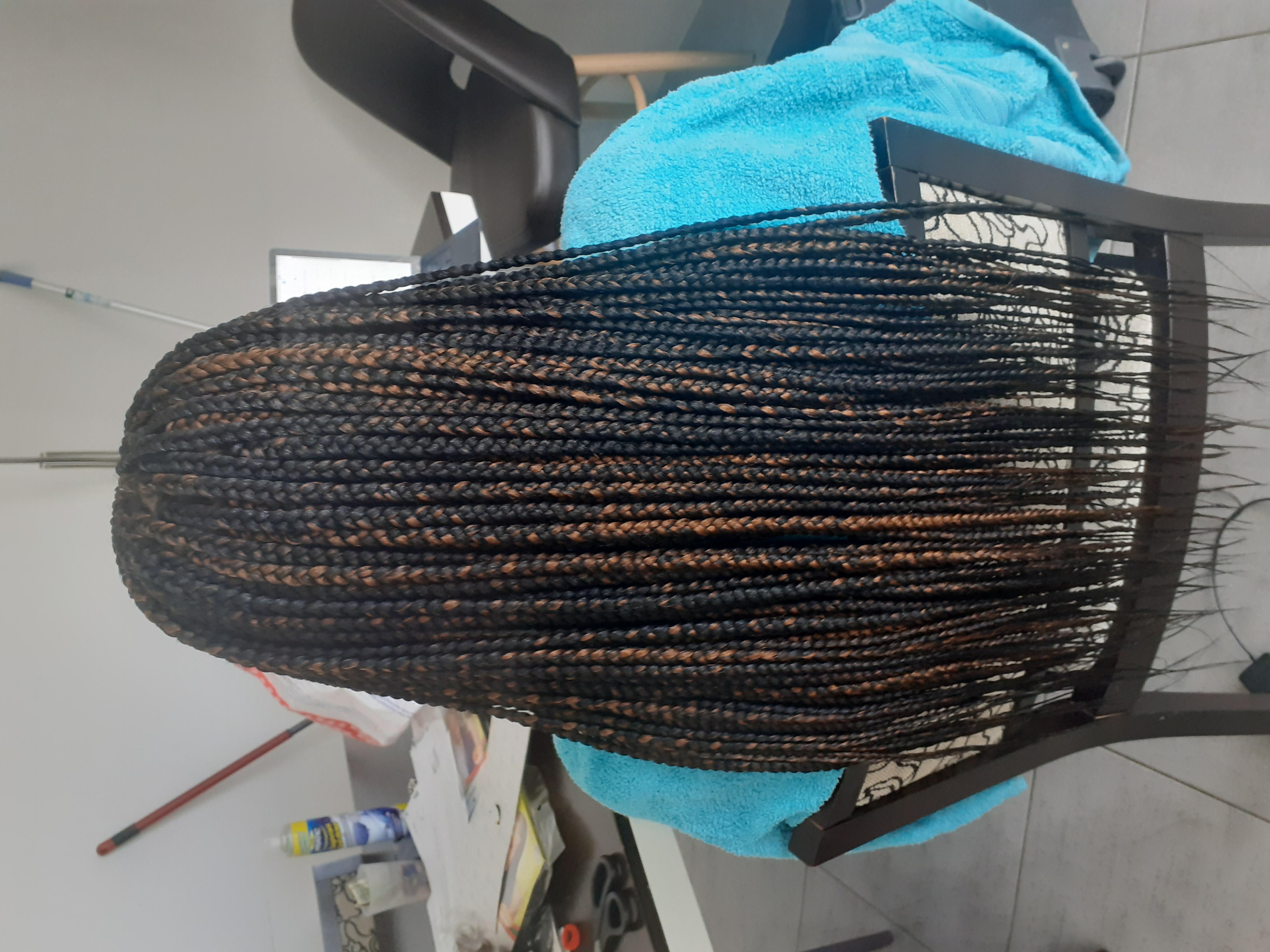 salon de coiffure afro tresse tresses box braids crochet braids vanilles tissages paris 75 77 78 91 92 93 94 95 GNCZKCIH