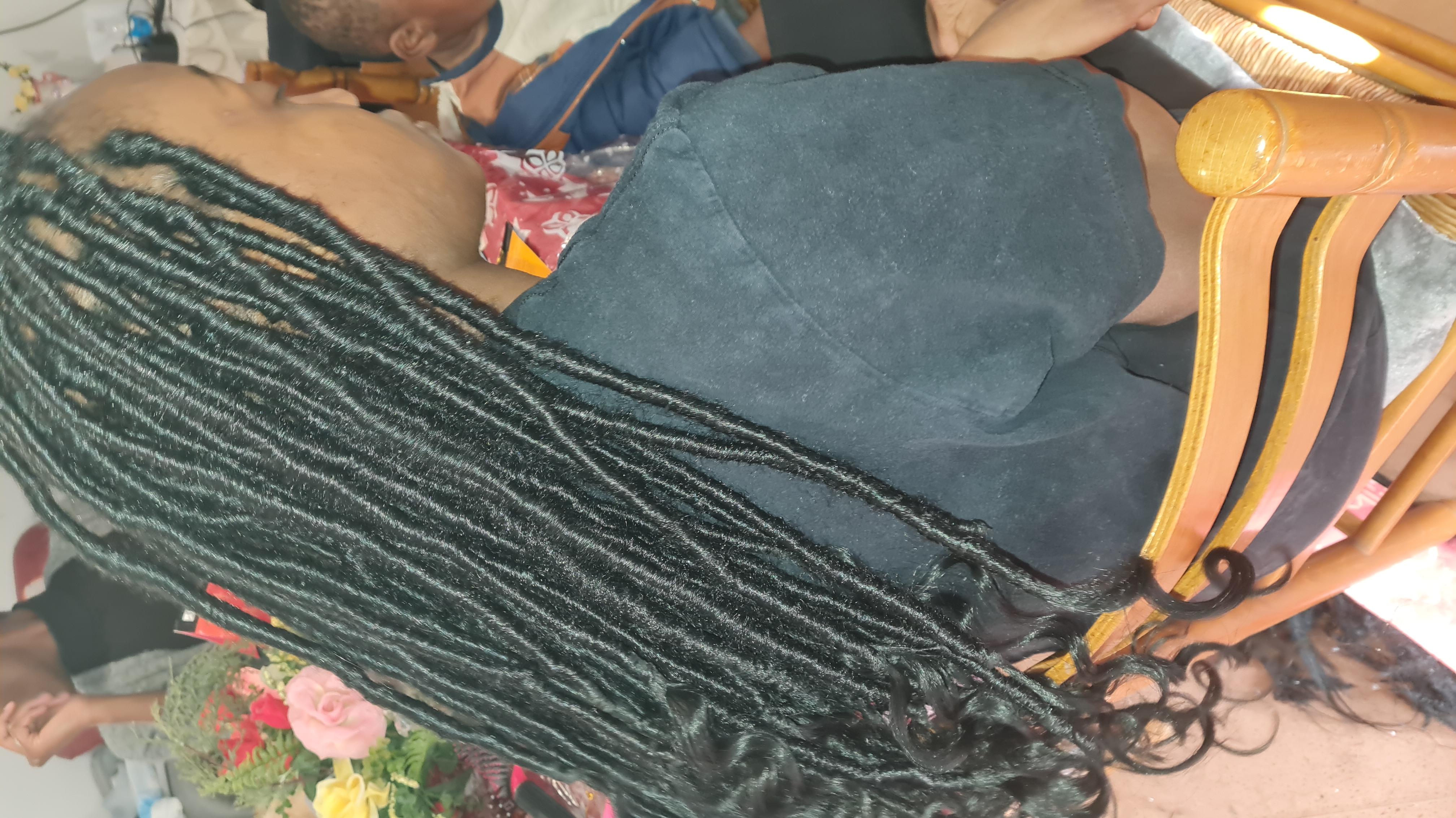 salon de coiffure afro tresse tresses box braids crochet braids vanilles tissages paris 75 77 78 91 92 93 94 95 QYFZZEJP