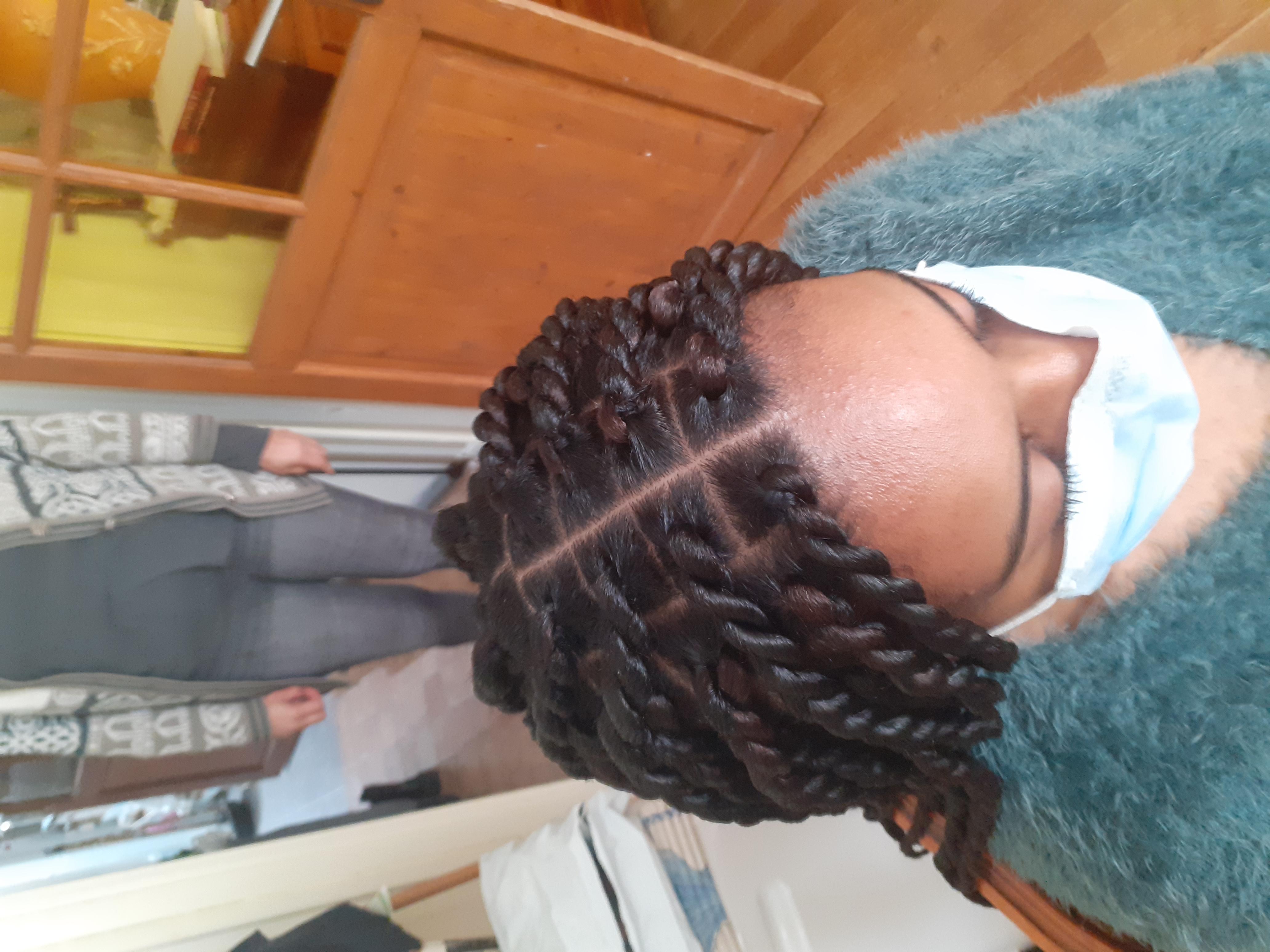 salon de coiffure afro tresse tresses box braids crochet braids vanilles tissages paris 75 77 78 91 92 93 94 95 BYWQLHKO