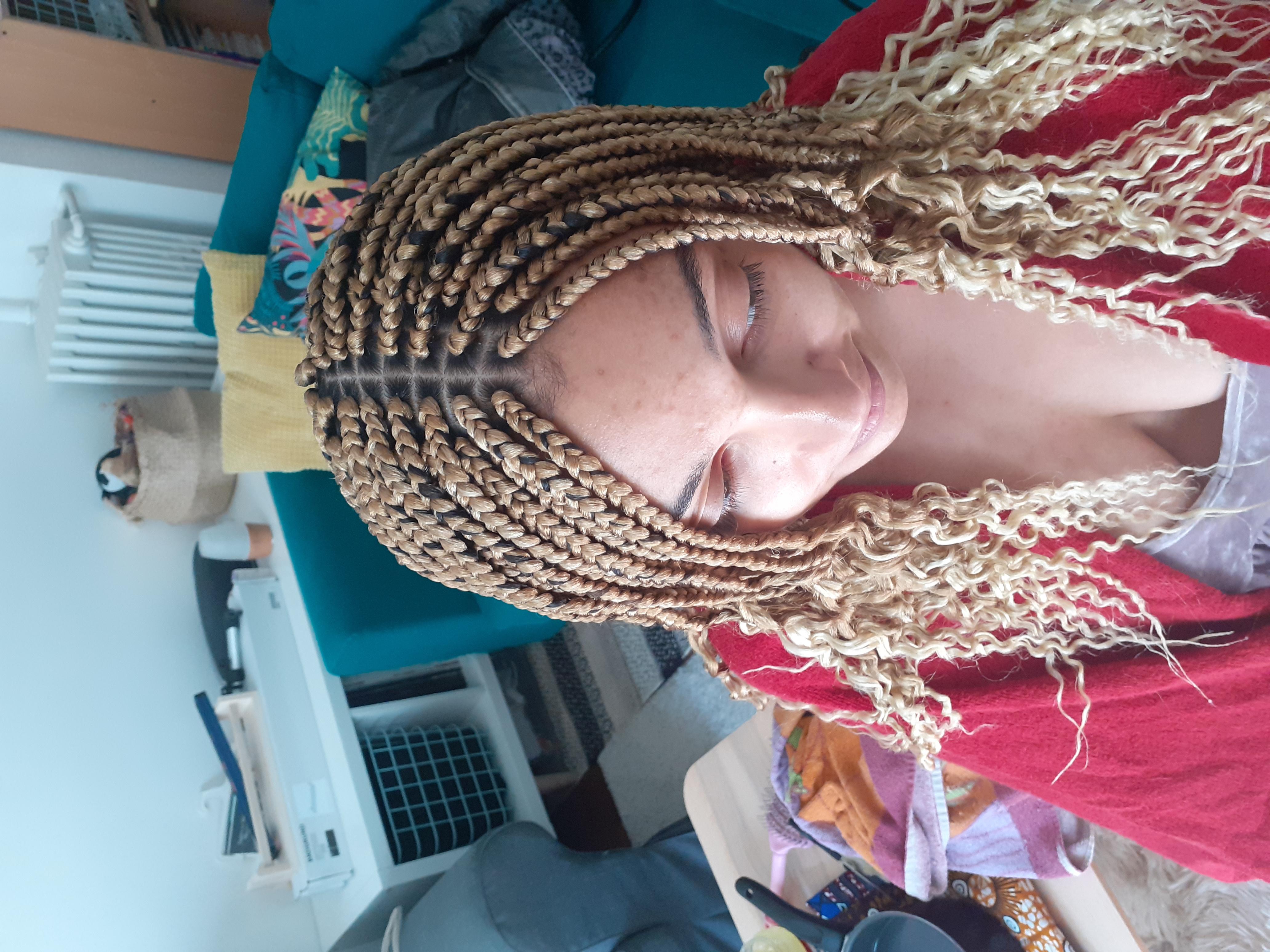 salon de coiffure afro tresse tresses box braids crochet braids vanilles tissages paris 75 77 78 91 92 93 94 95 JHJJGVSO