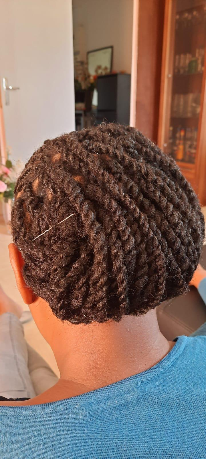 salon de coiffure afro tresse tresses box braids crochet braids vanilles tissages paris 75 77 78 91 92 93 94 95 NICRSAXU