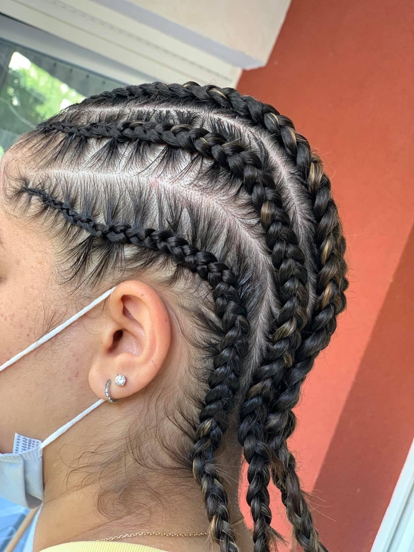 salon de coiffure afro tresse tresses box braids crochet braids vanilles tissages paris 75 77 78 91 92 93 94 95 CDXZUTMT