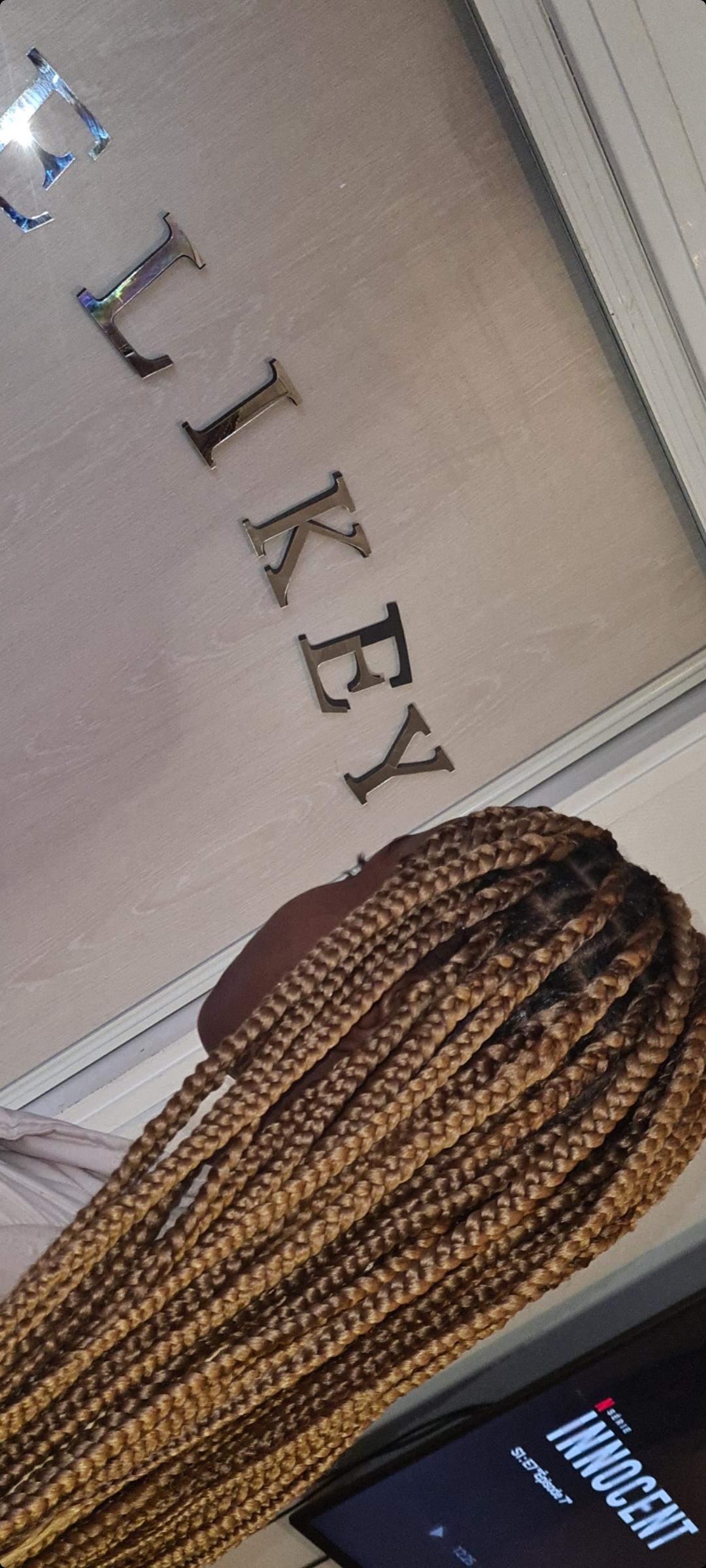 salon de coiffure afro tresse tresses box braids crochet braids vanilles tissages paris 75 77 78 91 92 93 94 95 VGGVKZHN