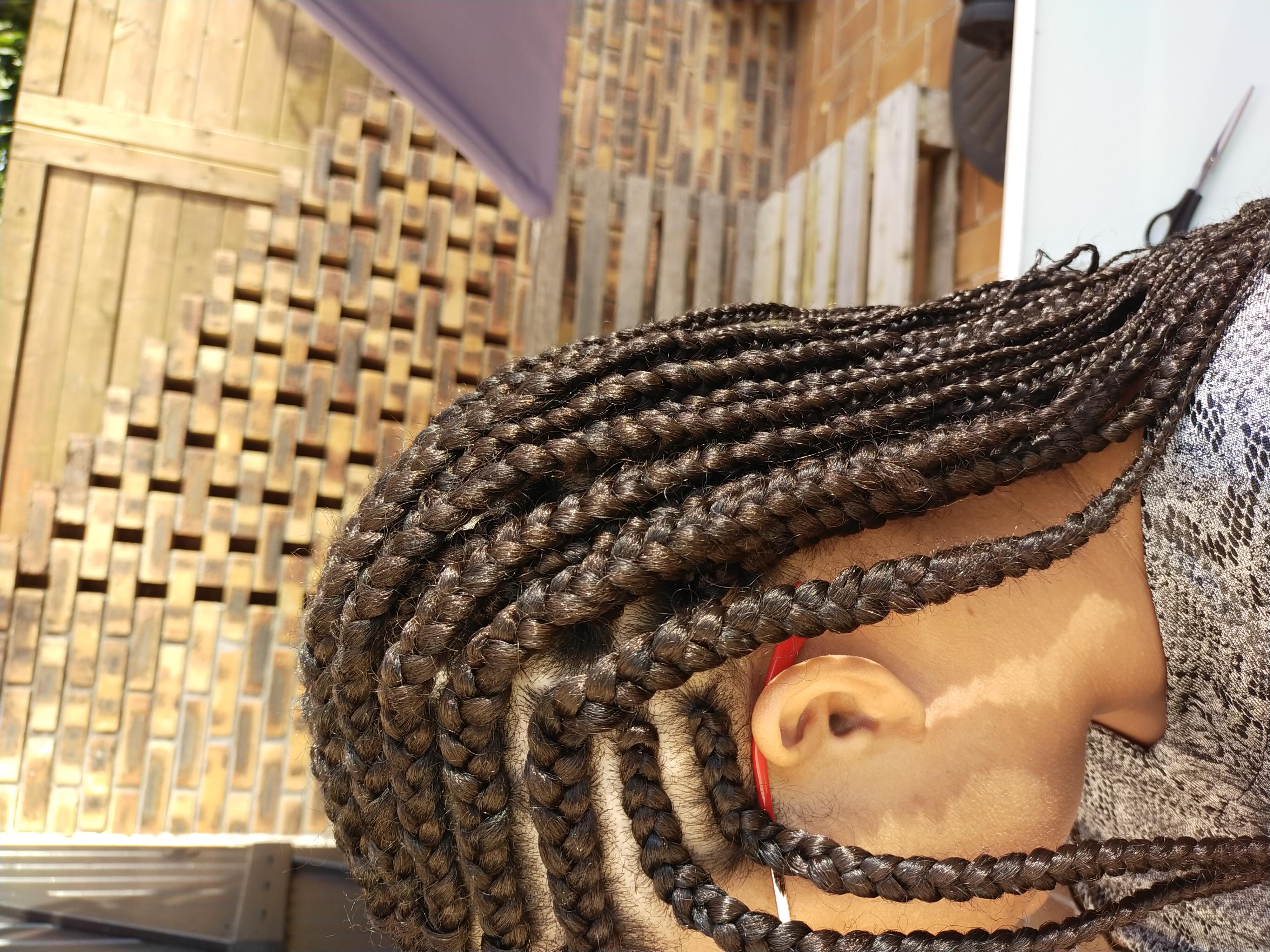 salon de coiffure afro tresse tresses box braids crochet braids vanilles tissages paris 75 77 78 91 92 93 94 95 KGOYEITE